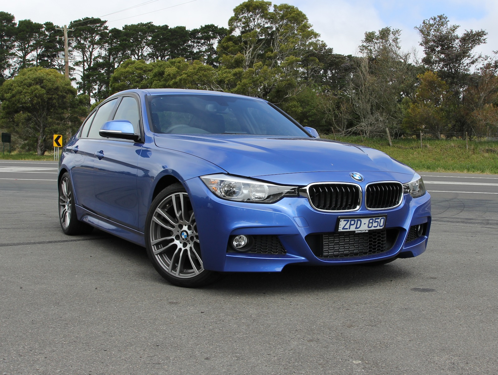 2014 bmw 3 series review 316i m sport photos caradvice. Black Bedroom Furniture Sets. Home Design Ideas