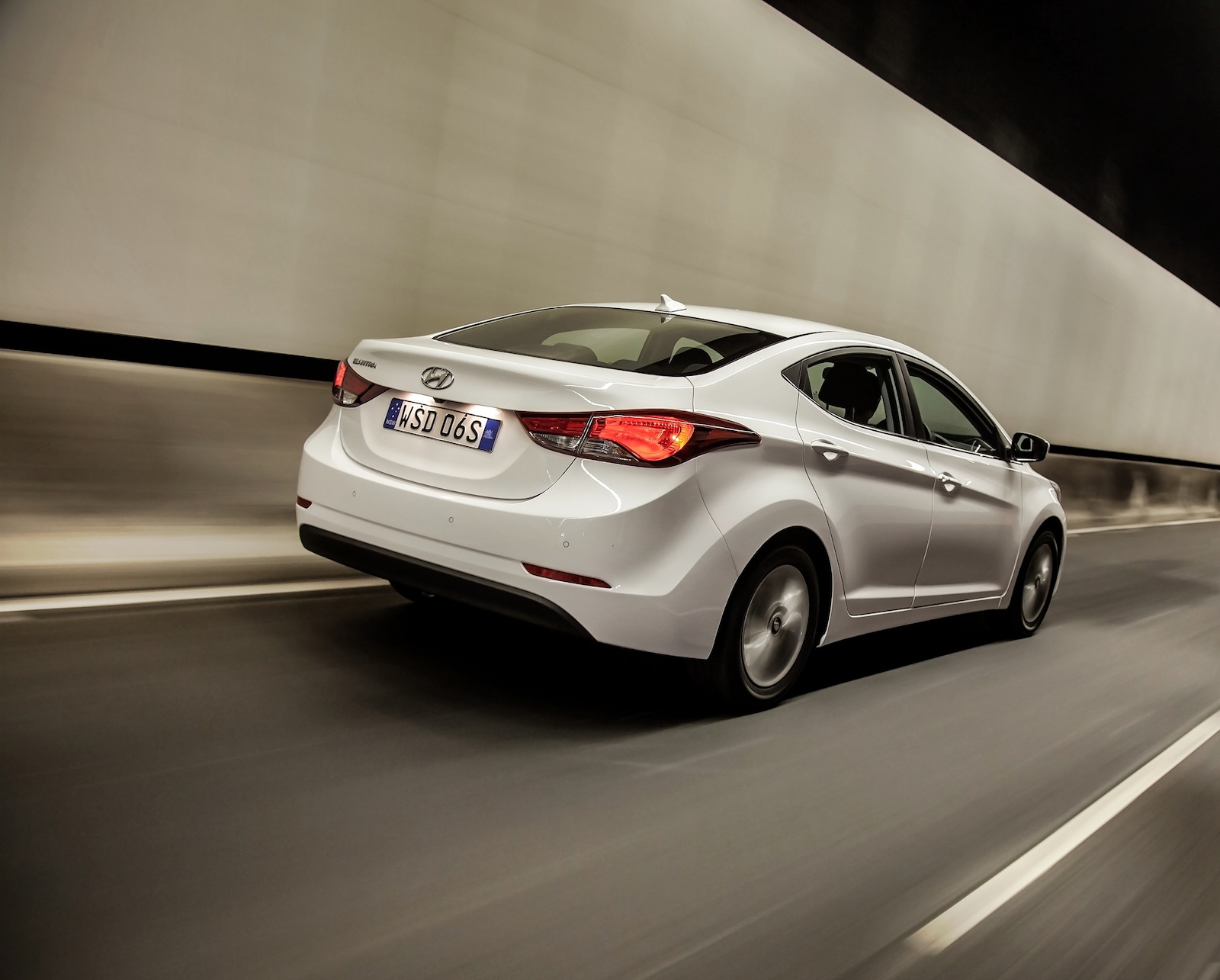 2014 Hyundai Elantra Review - photos | CarAdvice