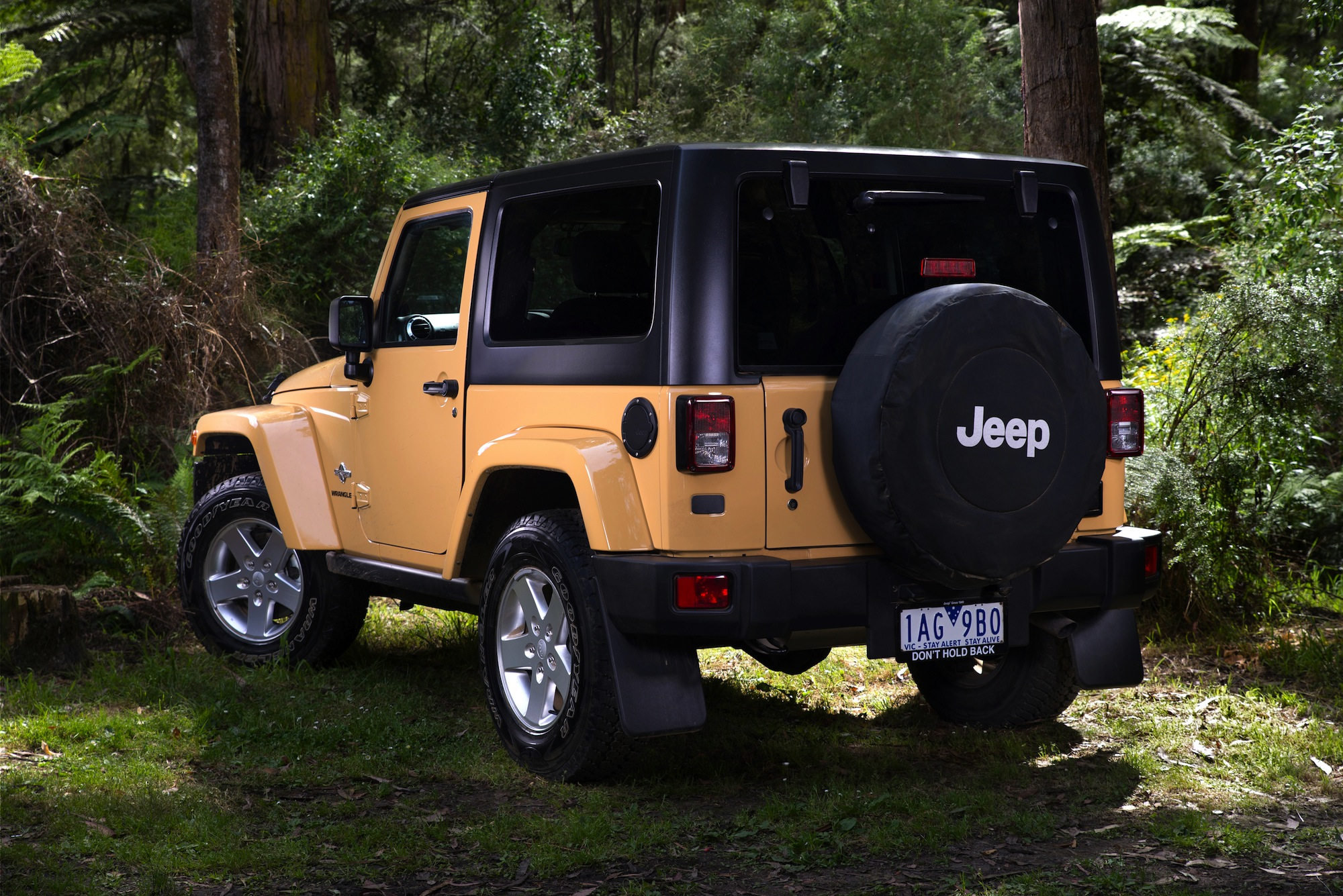 Jeep Wrangler Paint >> Jeep Wrangler Freedom : army-inspired special edition from $35,000 - photos | CarAdvice