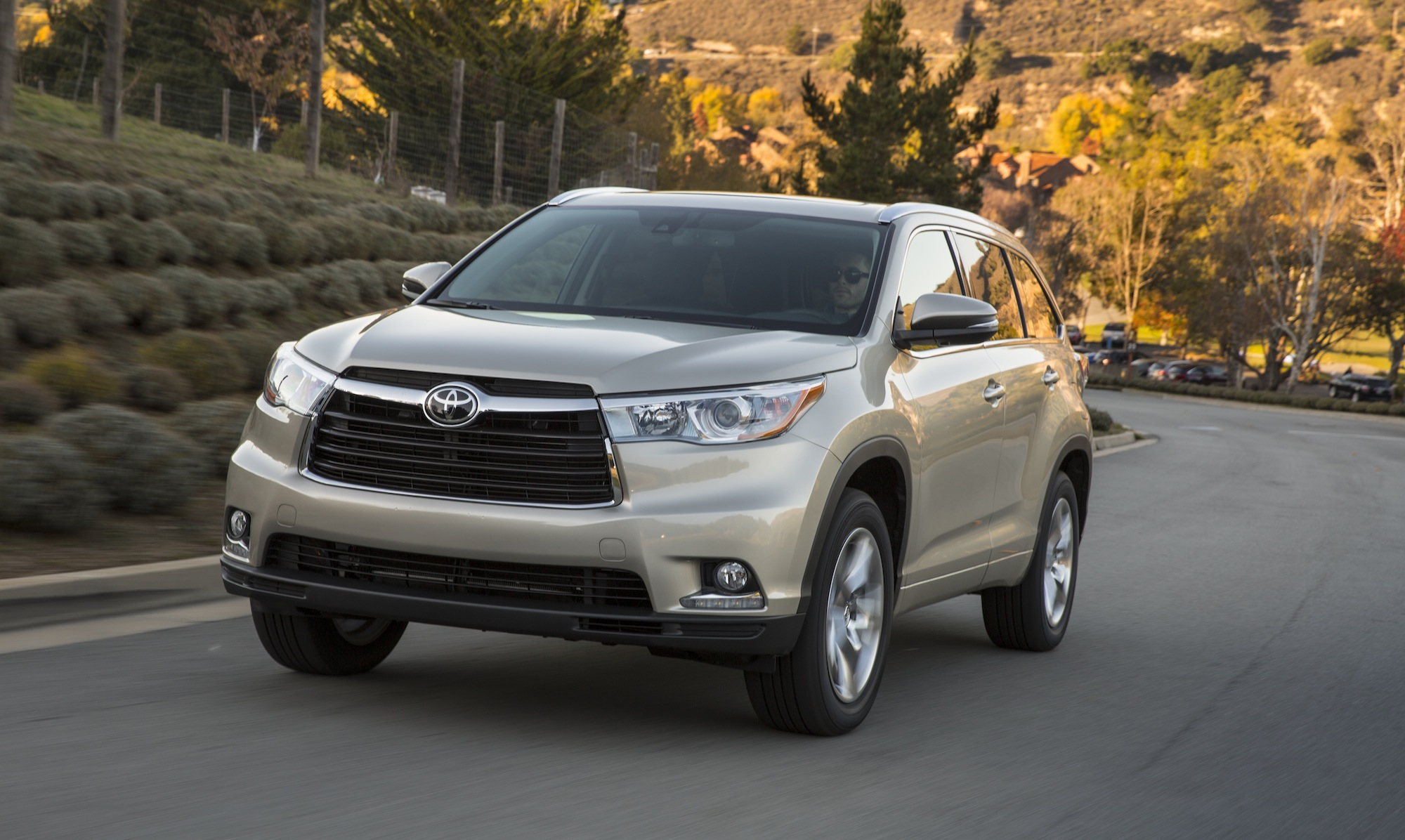 Toyota Kluger New Gen Here March Passes On Diesel