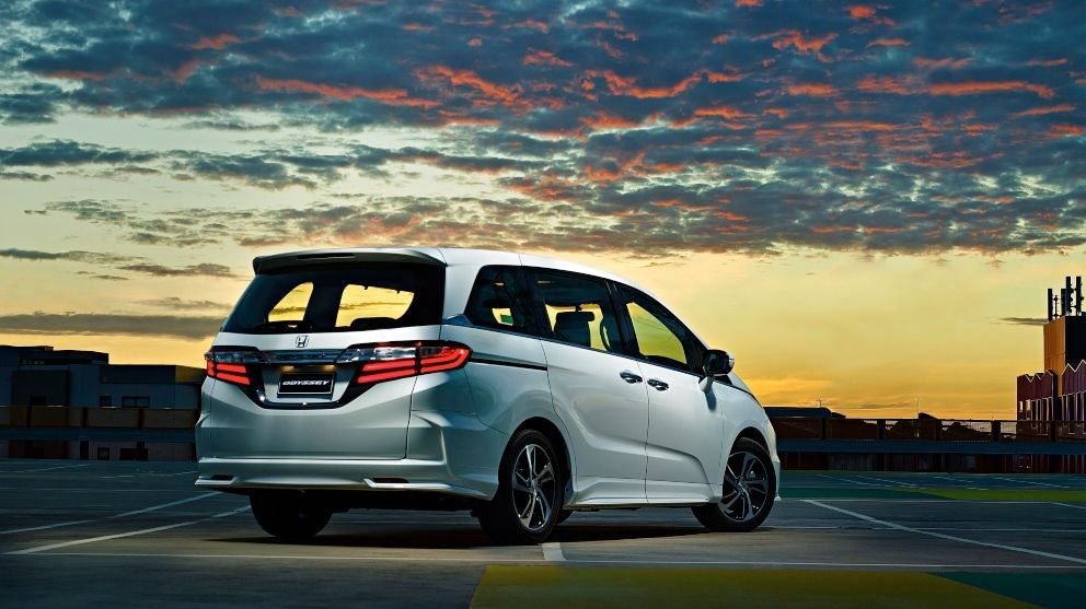 2014 Honda Odyssey : pricing and specifications - photos ...