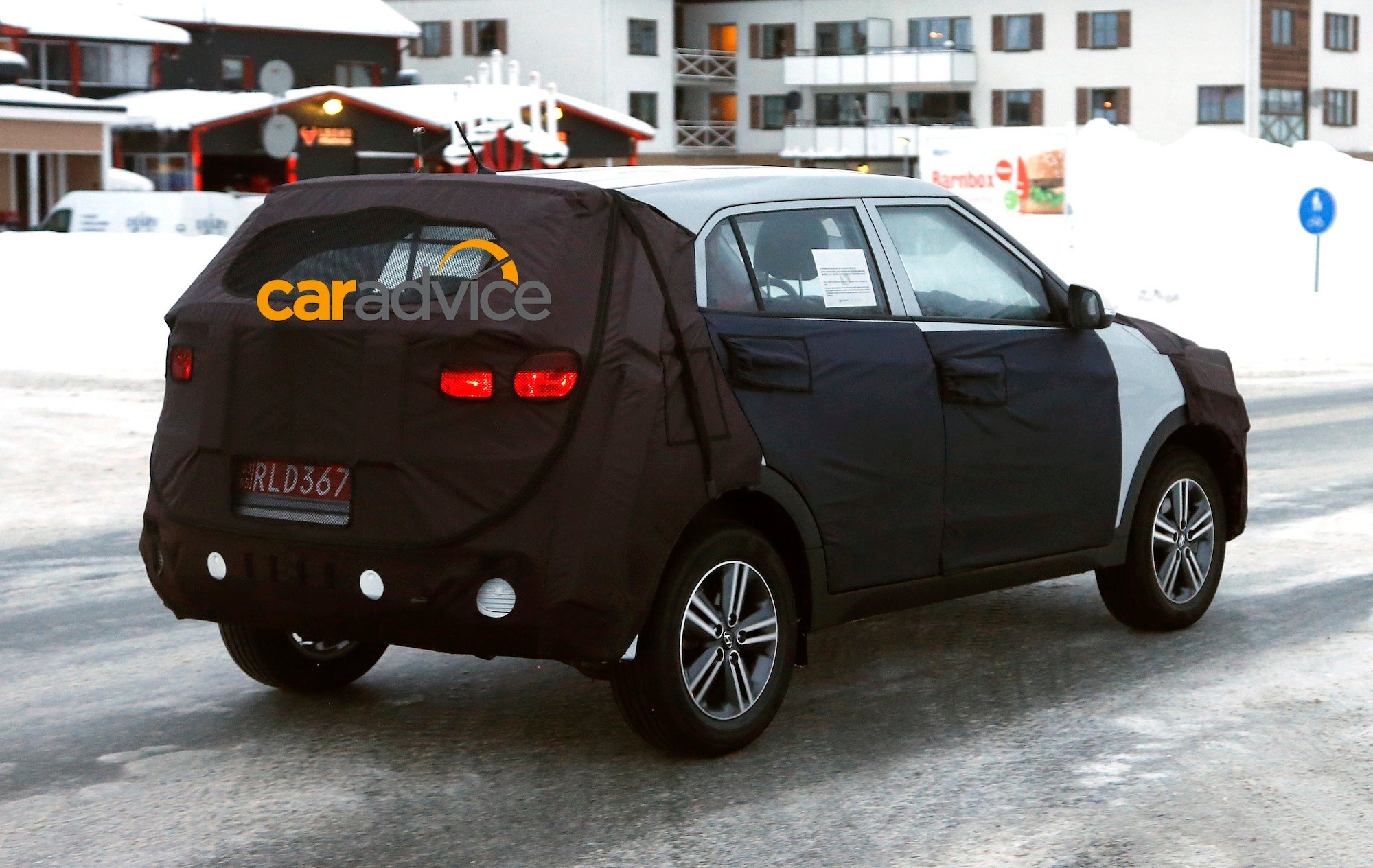 cuv inspired curb on new hyundai is based news concept photos spyshots by