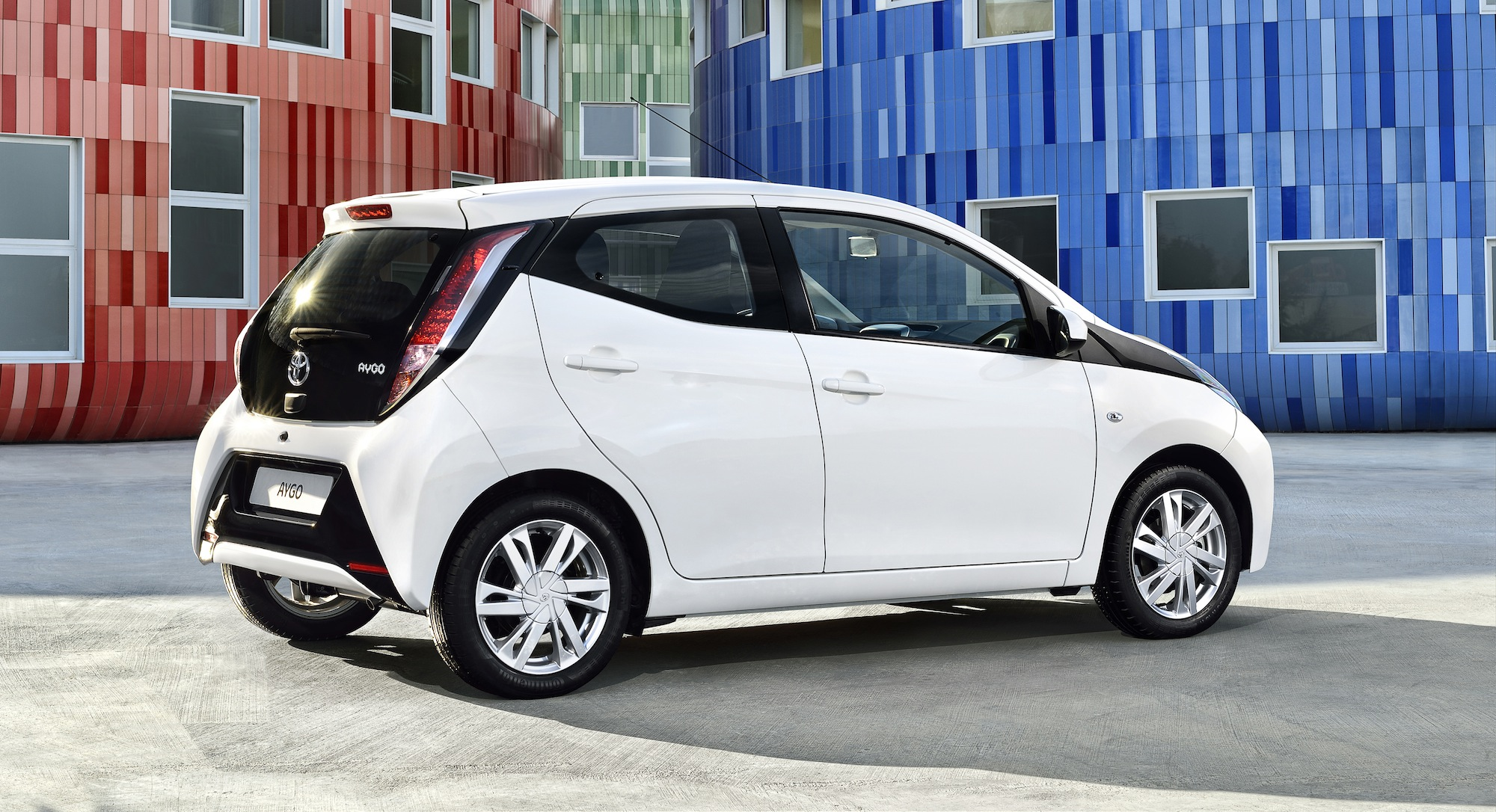 2014 Toyota Aygo : Euro-hip city hatch unveiled - photos ...
