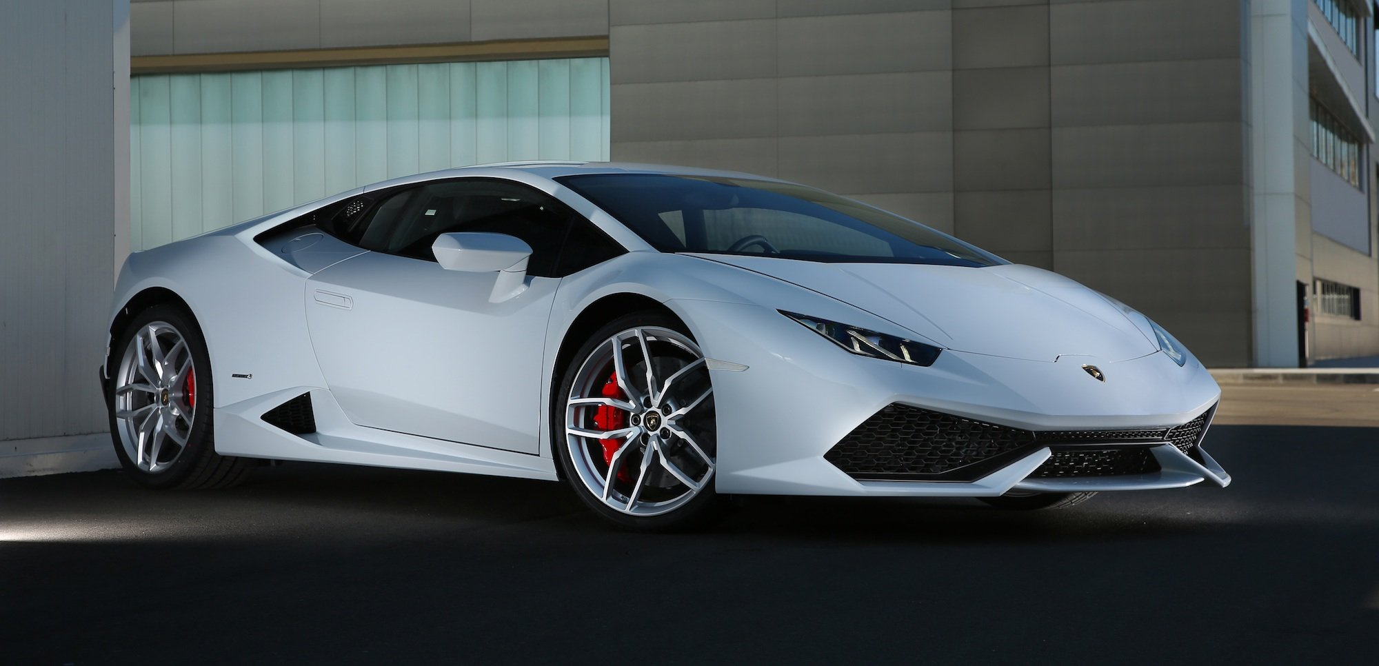 Lamborghini huracan to be brand s best selling car ever for Selling wallpaper