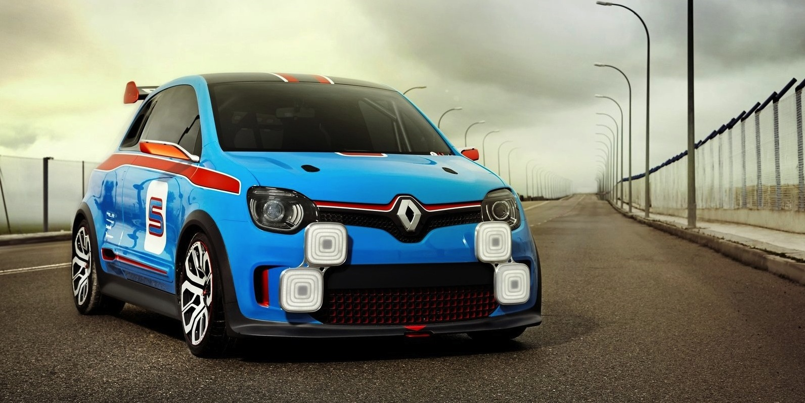 Renault Twingo Rs Off The Table Gt A Possibility Photos