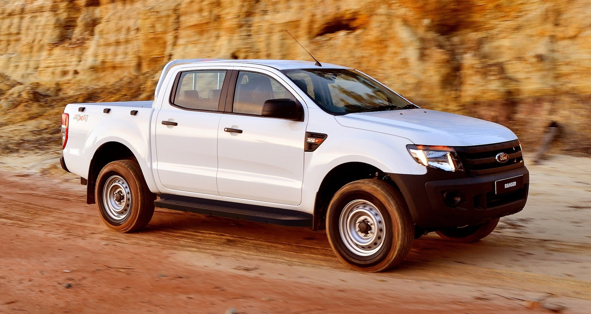 Ford Ranger 4x4 Xl Plus Expands Ute Line Up Photos 1 Of 8