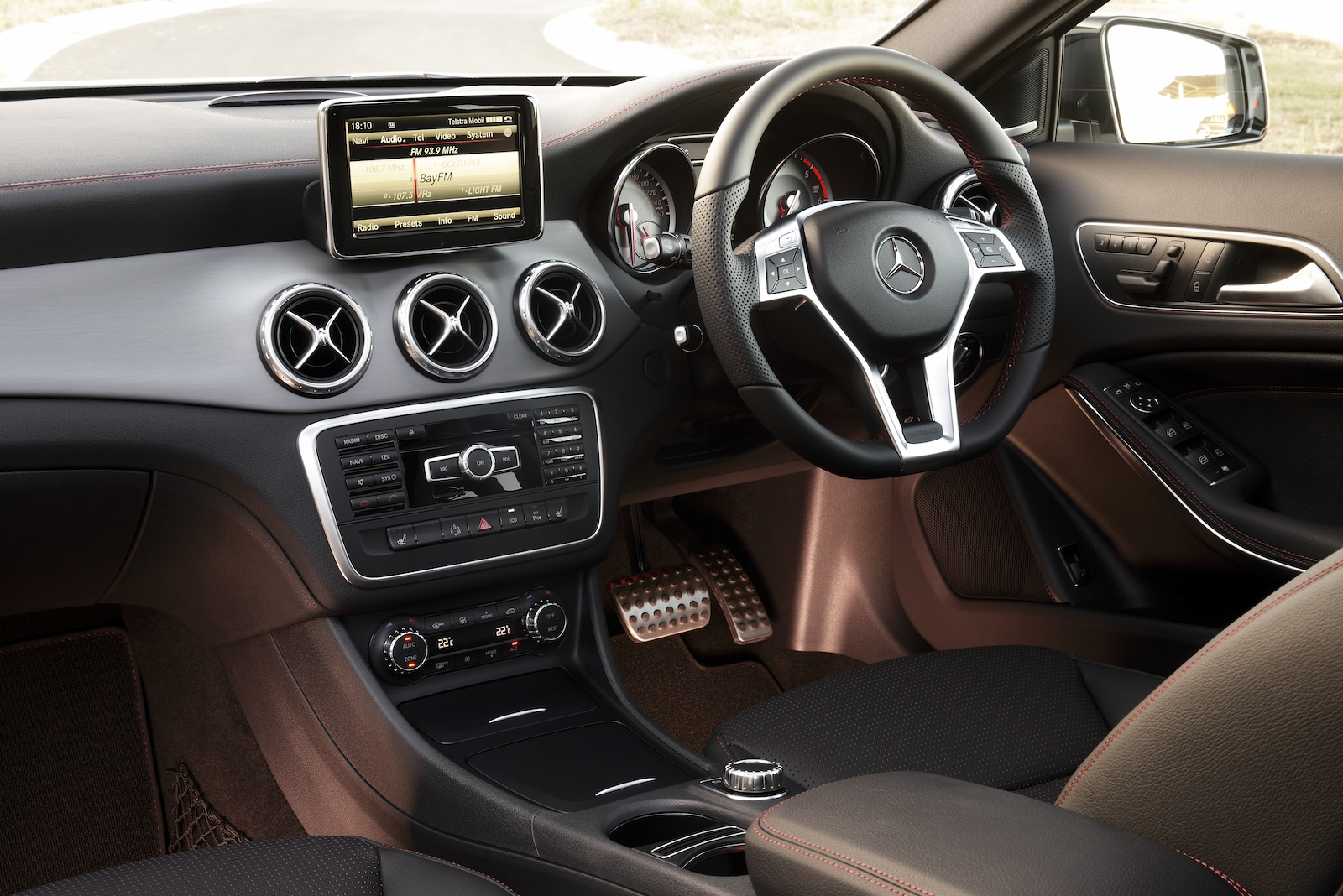 Mercedes Gla Review