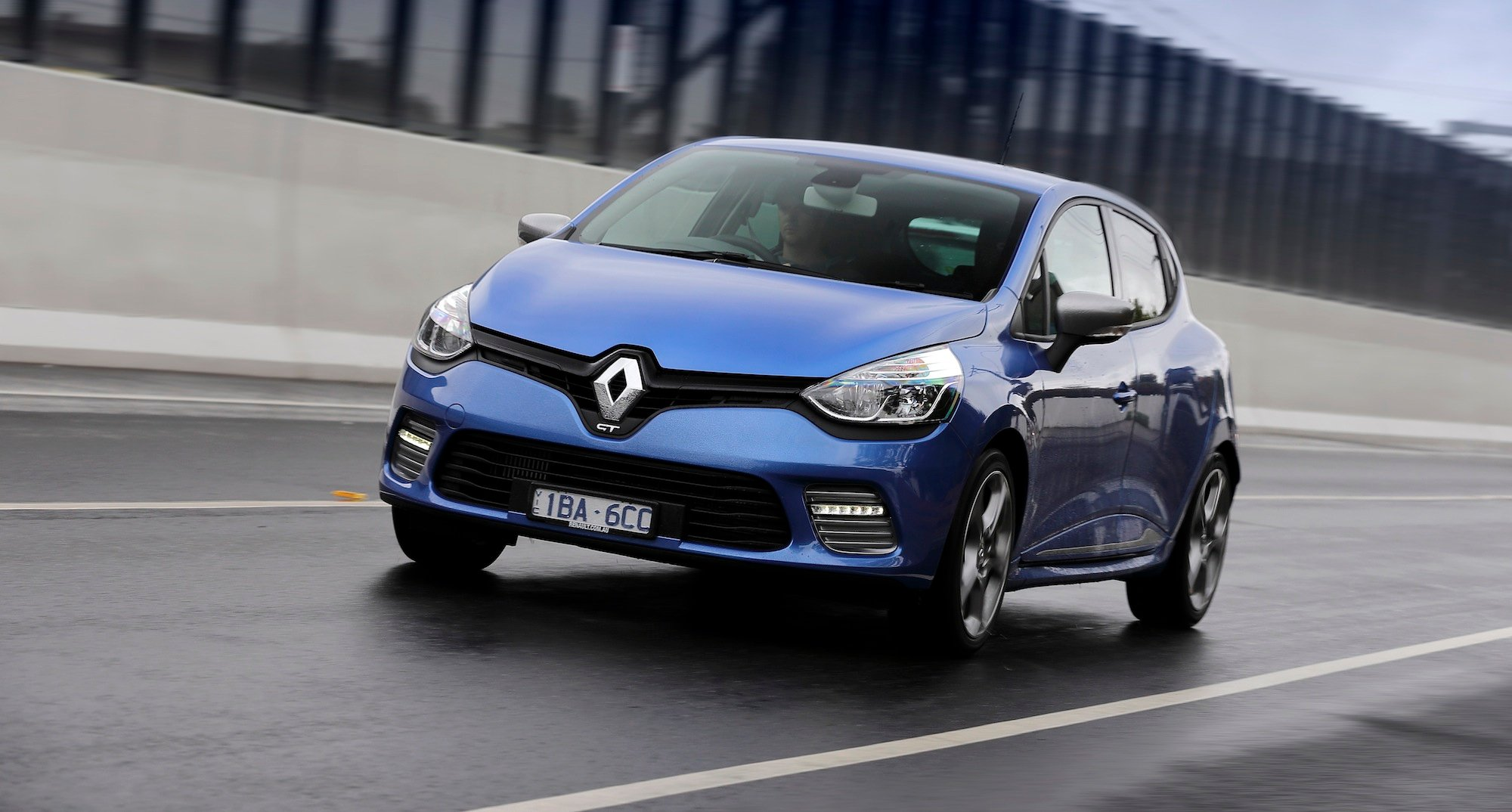 renault clio gt pricing and specifications photos caradvice. Black Bedroom Furniture Sets. Home Design Ideas