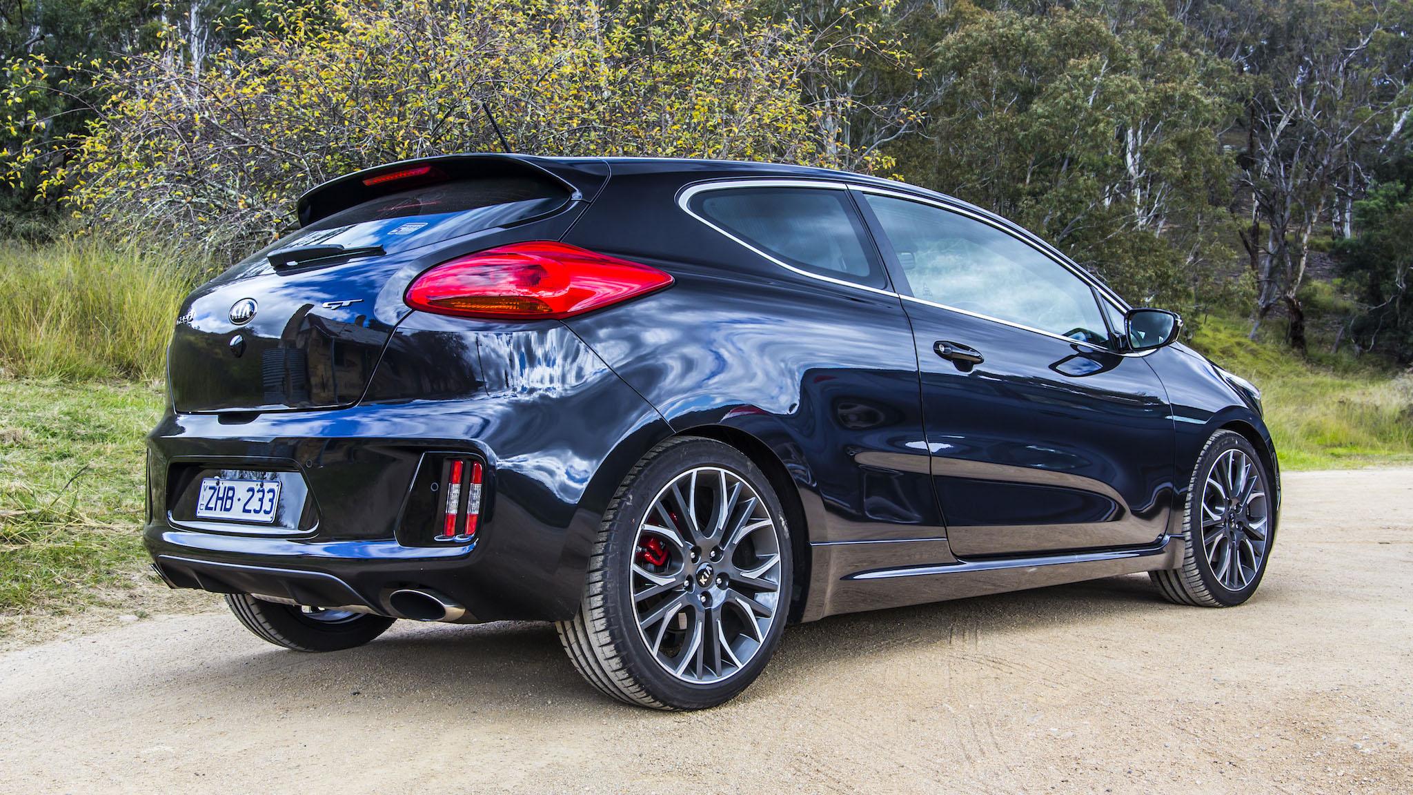 Sporty Hatch Comparison Kia Pro Cee D Gt V Hyundai