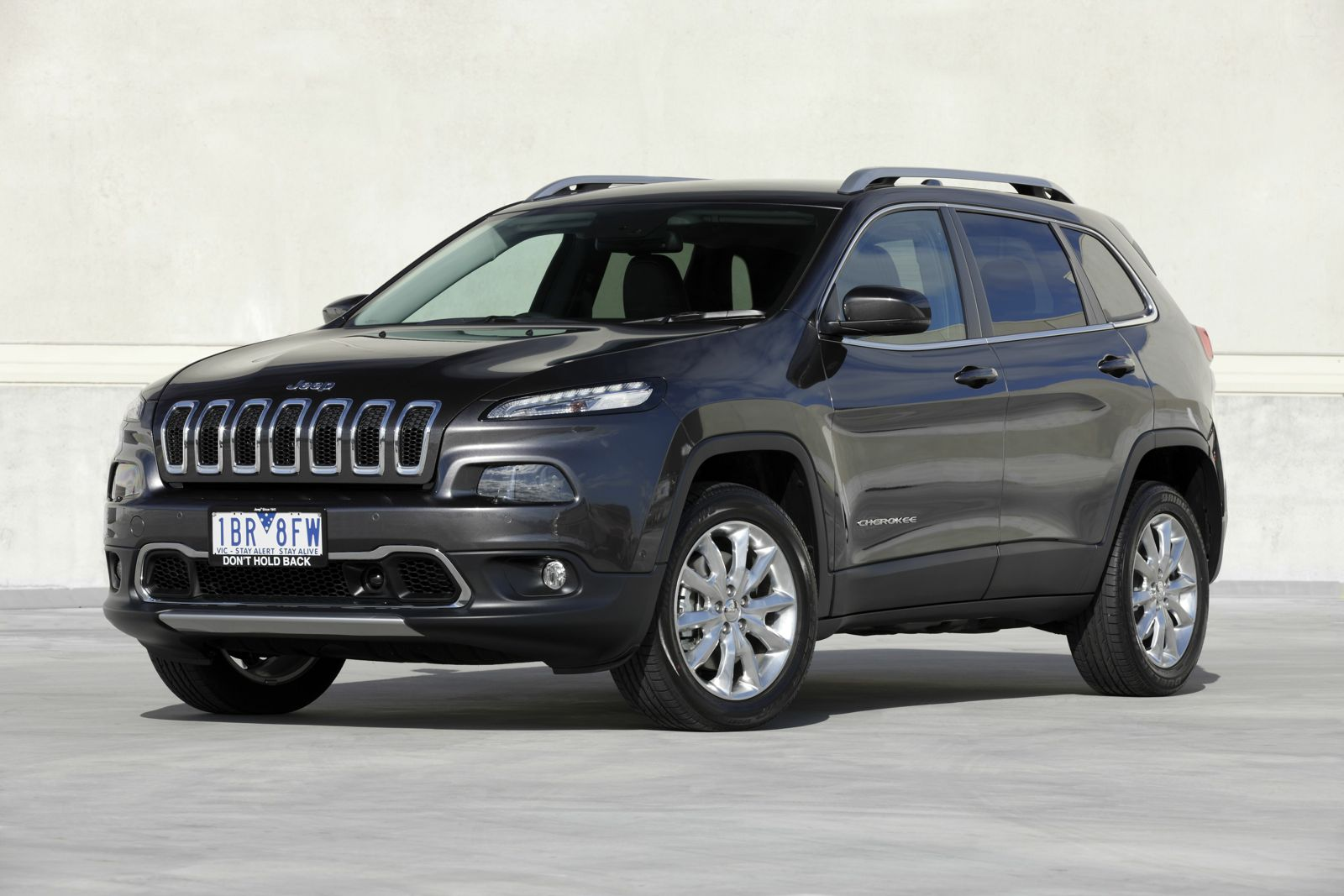 2014 Jeep Cherokee Pricing And Specifications Photos