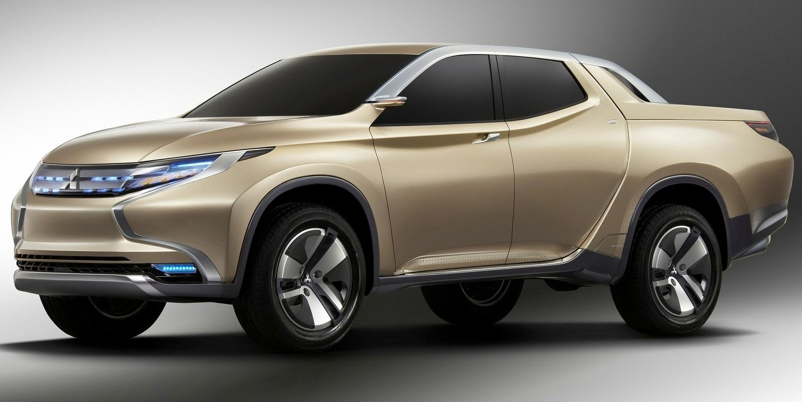 Fiat To Offer Its Own Version Of Mitsubishi Triton In 2016