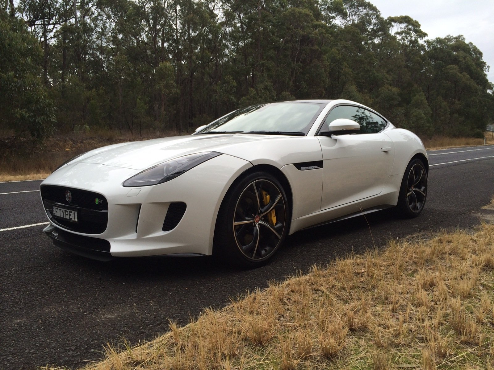 2015 jaguar f type r coupe review photos caradvice. Black Bedroom Furniture Sets. Home Design Ideas
