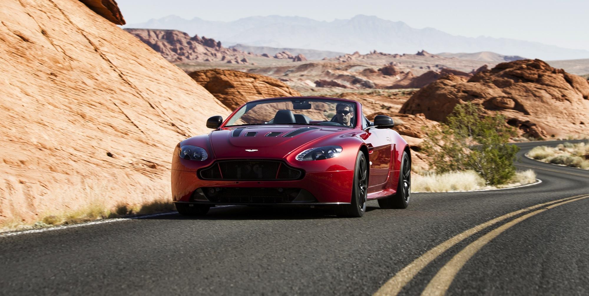 Aston Martin V12 Vantage S Roadster : British brand's ...