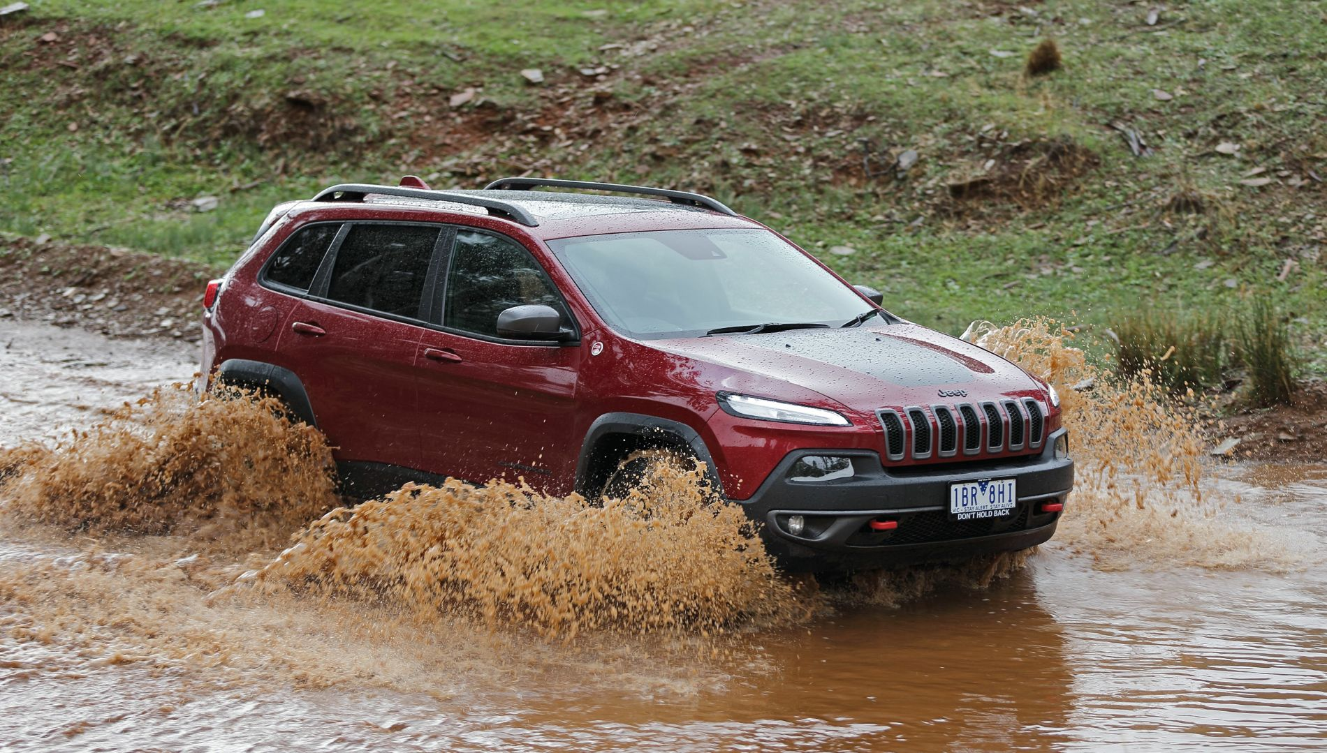 2014 Jeep Cherokee Trailhawk Review: Off-road - Photos