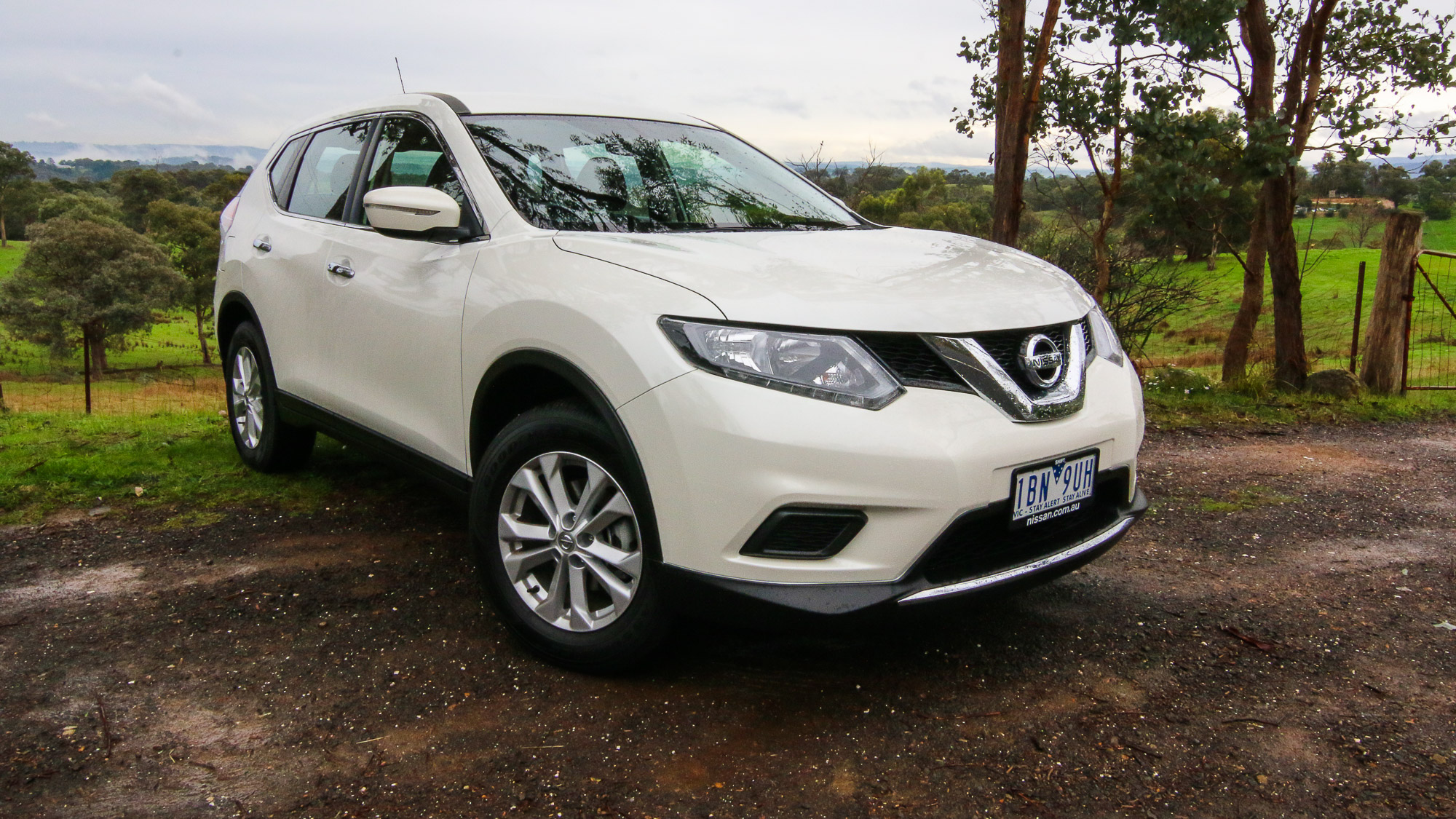 2014 nissan x trail review st 2 0l photos caradvice. Black Bedroom Furniture Sets. Home Design Ideas