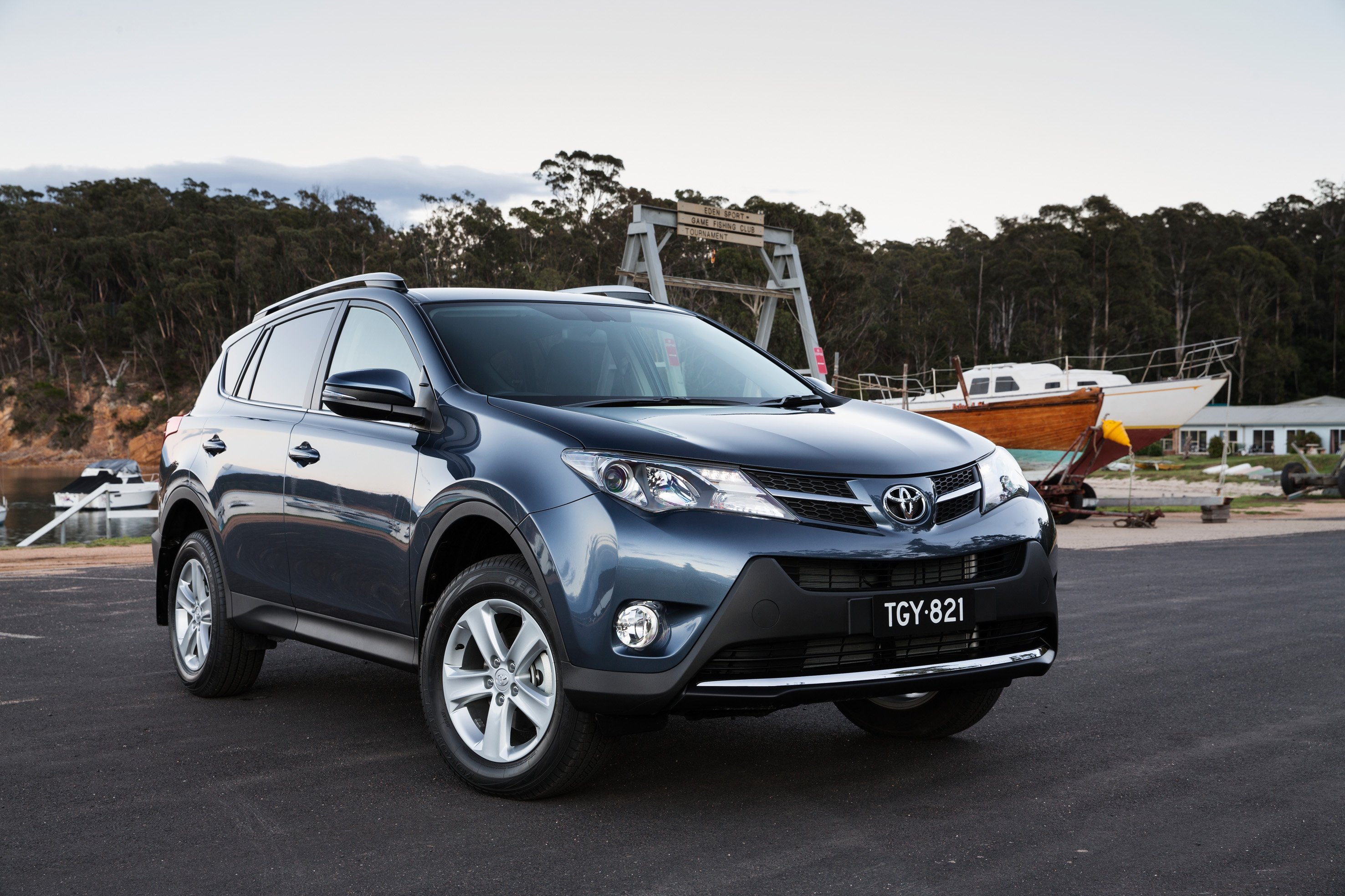 New Toyota Hilux >> Toyota RAV4 Review : GXL 4WD - photos | CarAdvice