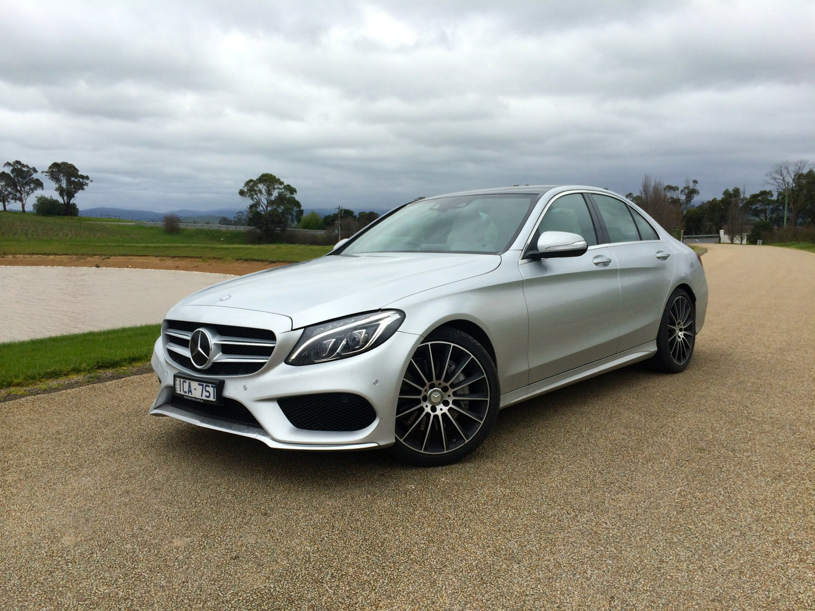 2015 mercedes benz c class review photos caradvice for Mercedes benz of louisville