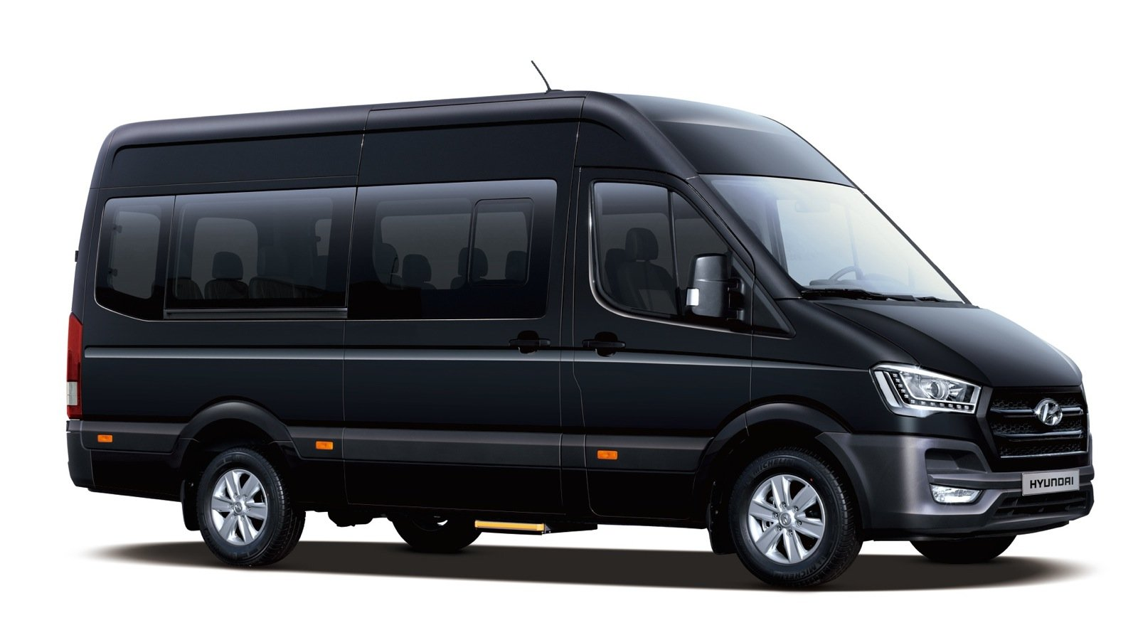 2015 Hyundai H350 large van revealed : UPDATED with new images - photos | CarAdvice