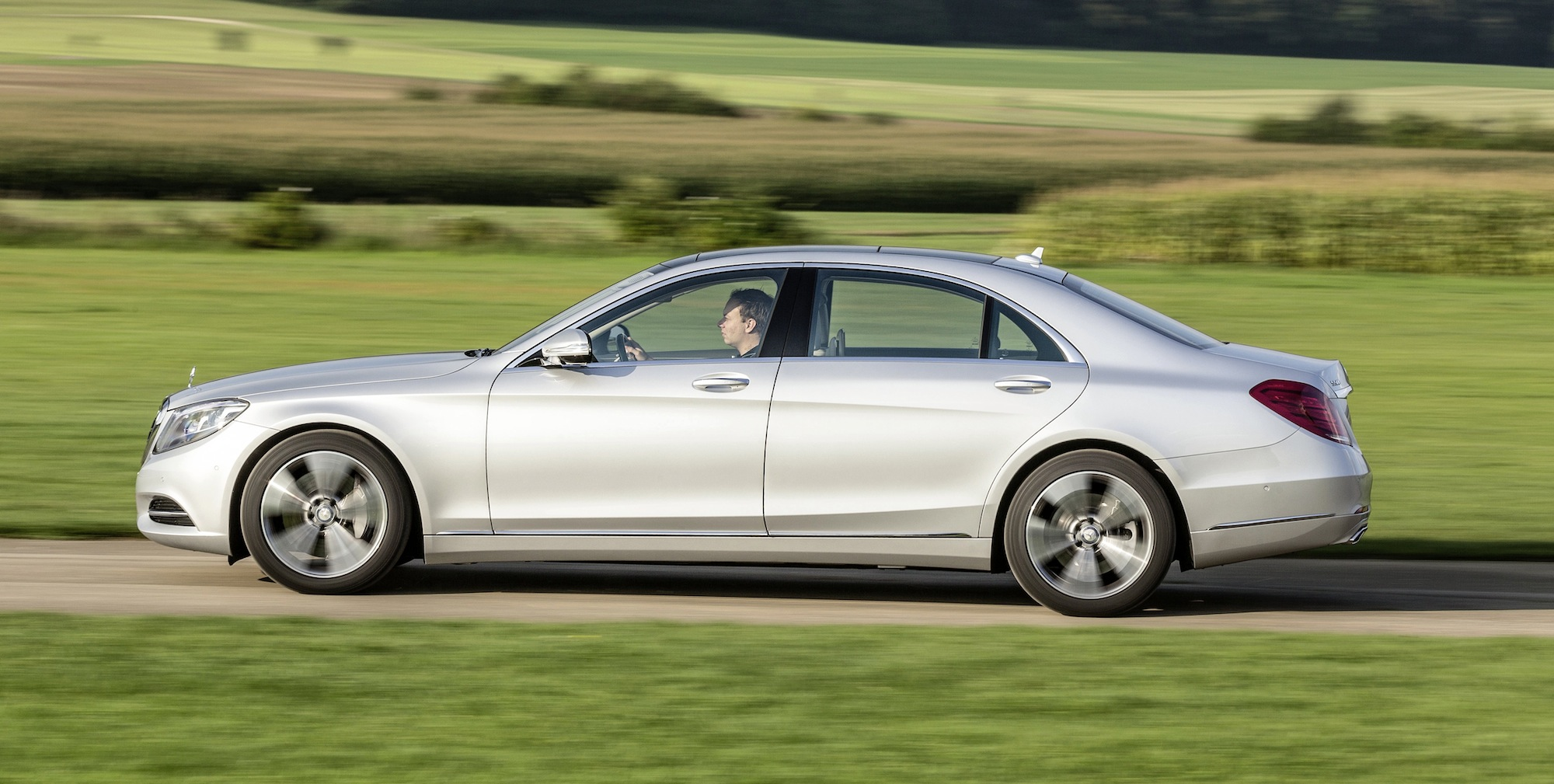 Plug In Hybrid Cars >> 2015 Mercedes-Benz S-Class Plug-In Hybrid Review - photos | CarAdvice