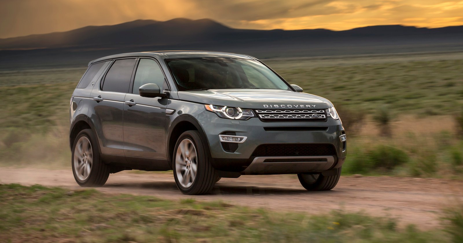 2015 land rover discovery sport australian specifications revealed photos 1 of 11. Black Bedroom Furniture Sets. Home Design Ideas