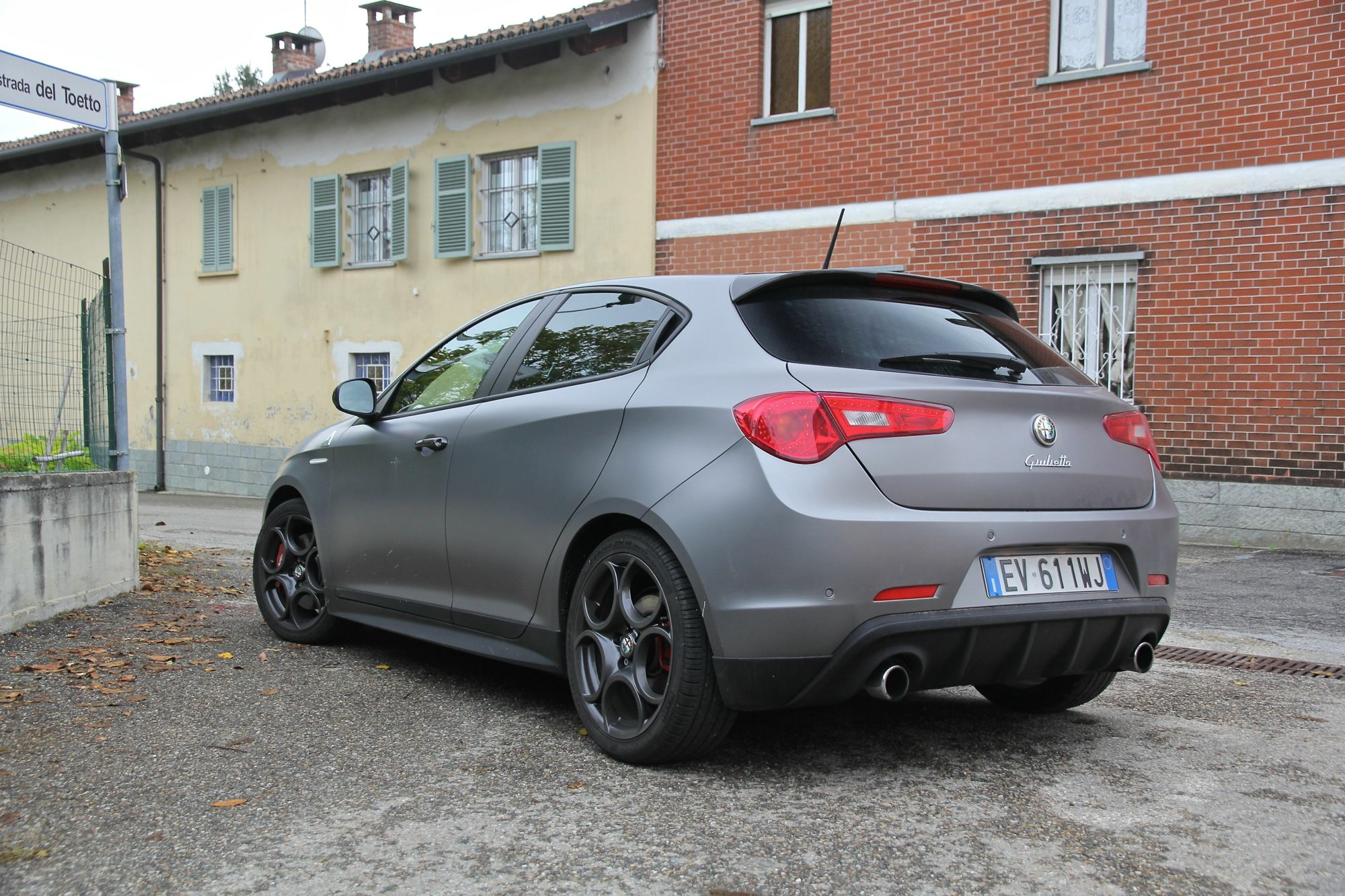 X Trail New Model >> 2015 Alfa Romeo Giulietta Quadrifoglio Verde Review : first drive - photos | CarAdvice