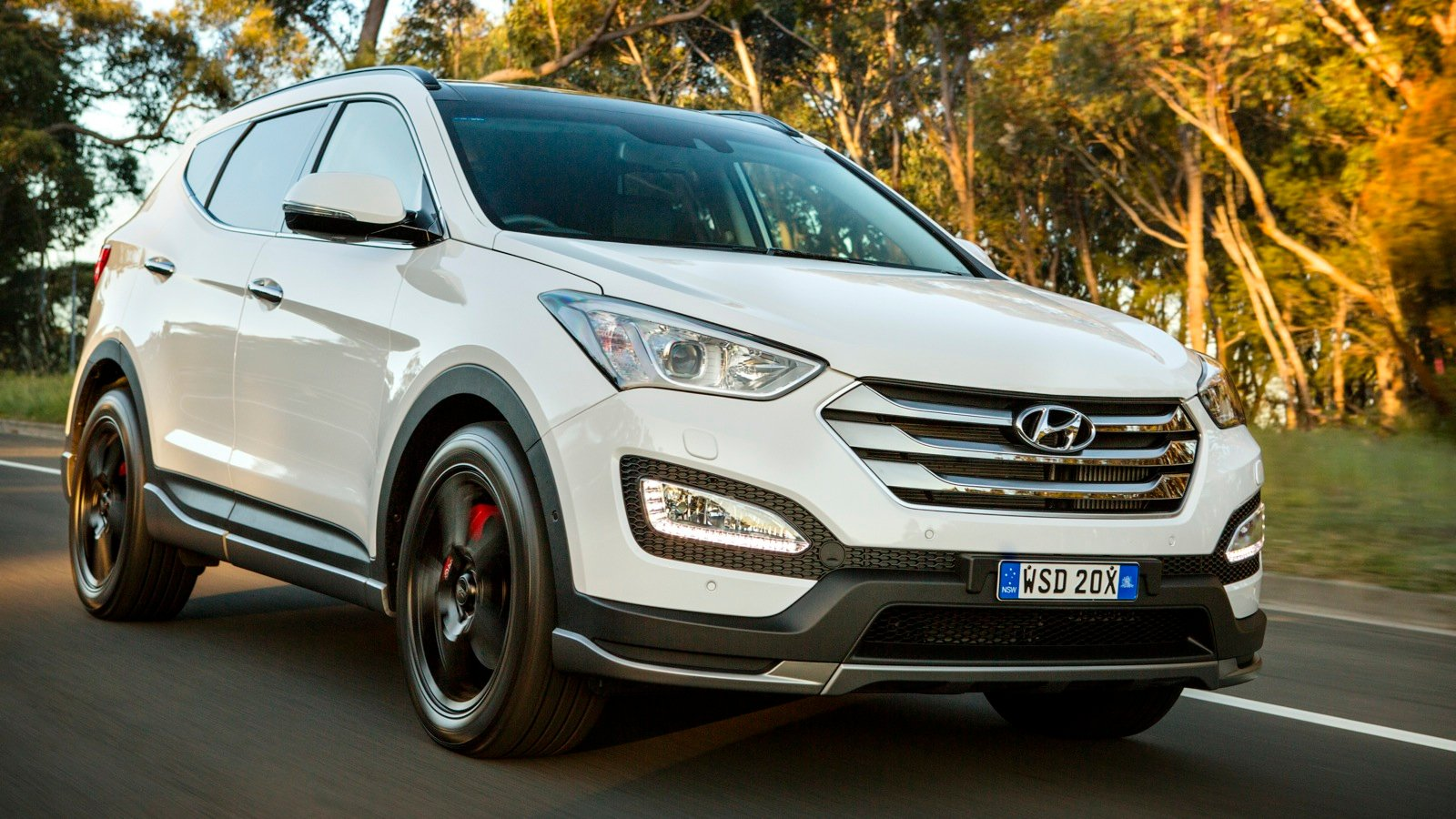 2015 hyundai santa fe sr review caradvice. Black Bedroom Furniture Sets. Home Design Ideas