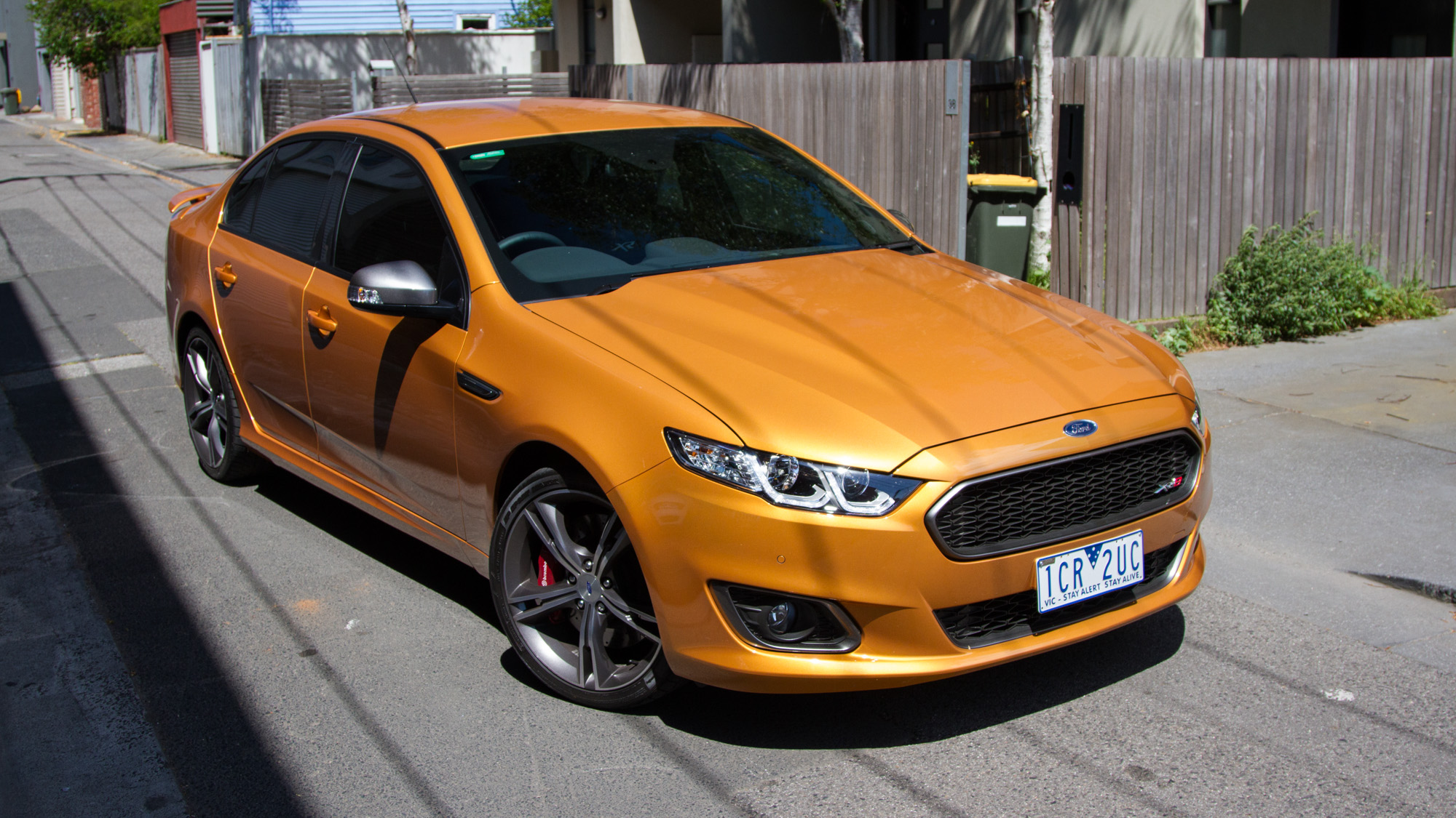 Photos on ford falcon xr6 specs