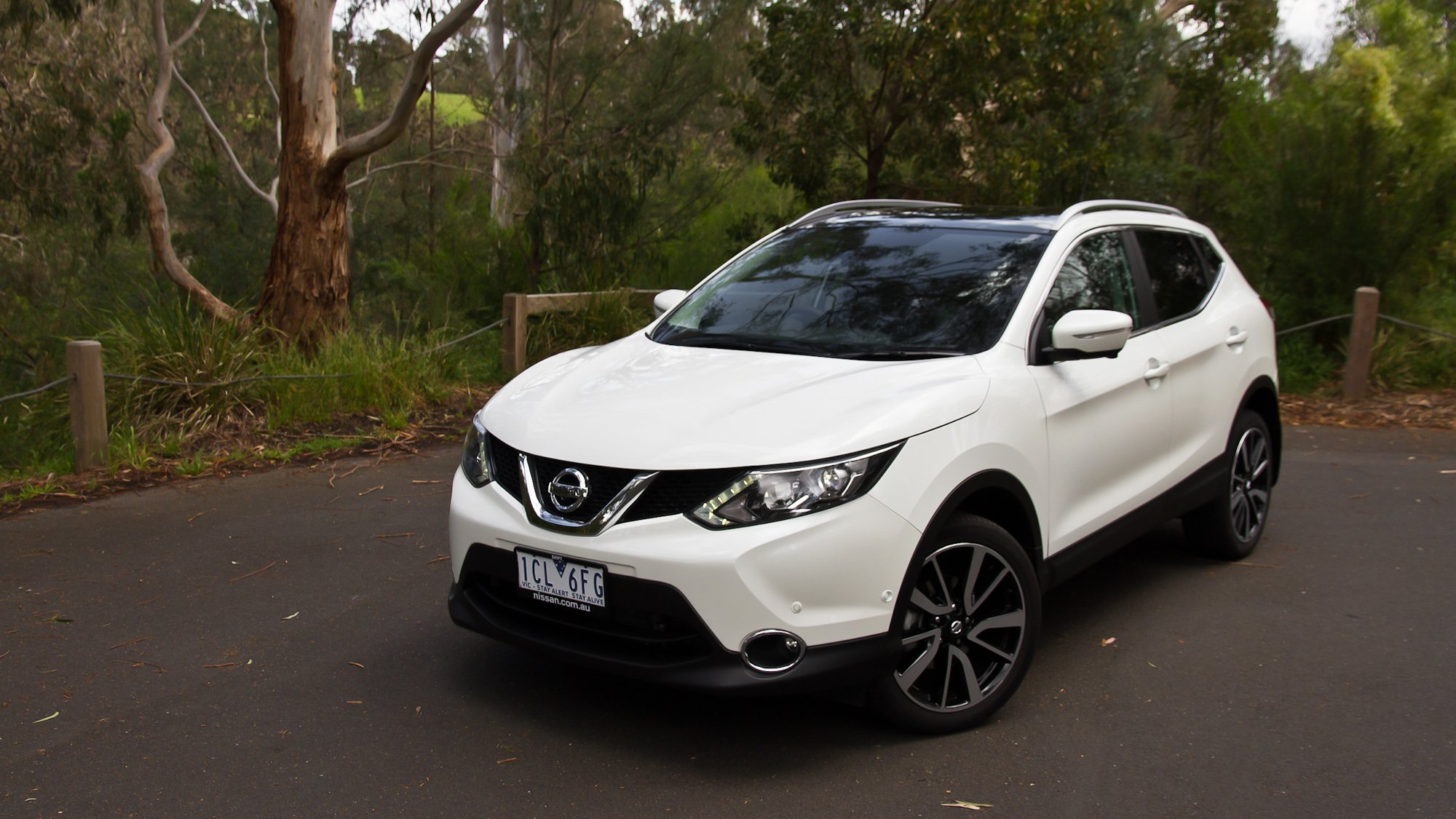 Ford Ranger White 2017 >> Nissan Qashqai Review : Ti - photos | CarAdvice