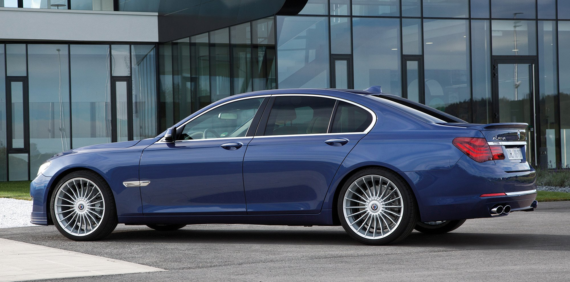 front motion automobile review bmw in price one week more news view magazine alpina show xdrive