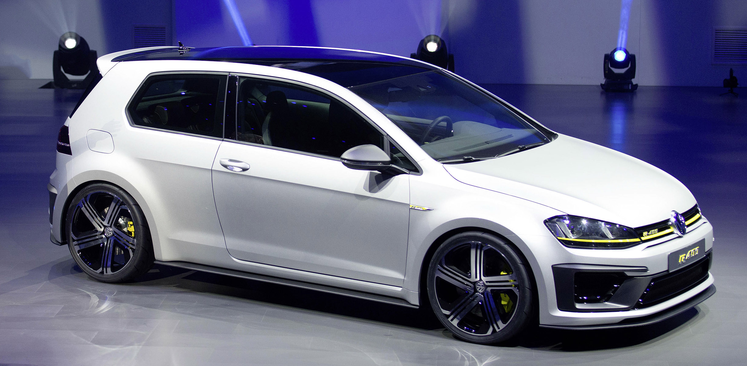 Volkswagen Golf R400 Being Readied For Late 2015 Launch