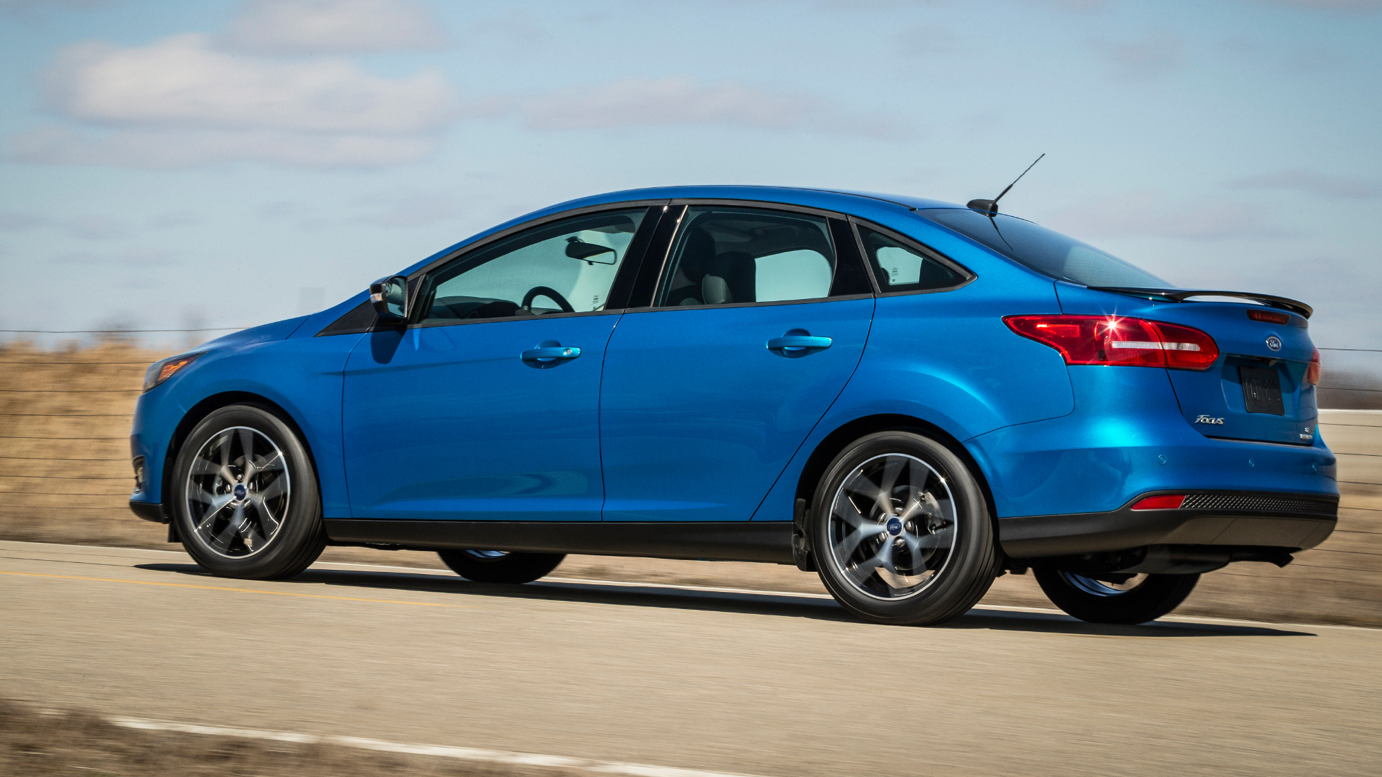 2015 ford focus here mid year with substantial upgrades. Black Bedroom Furniture Sets. Home Design Ideas