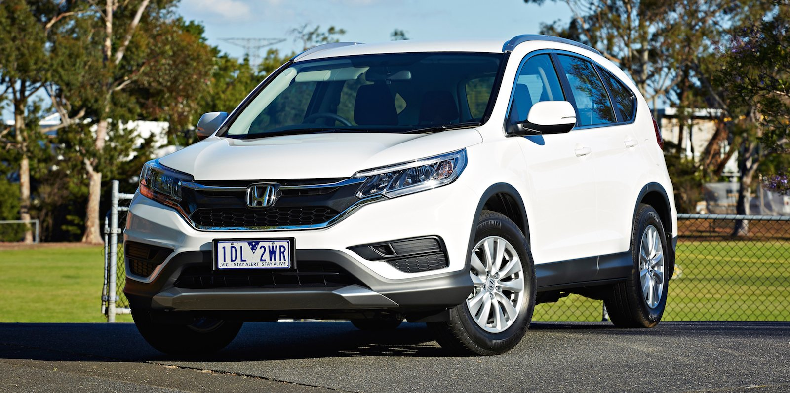 2015 honda cr v series ii pricing and specifications photos. Black Bedroom Furniture Sets. Home Design Ideas