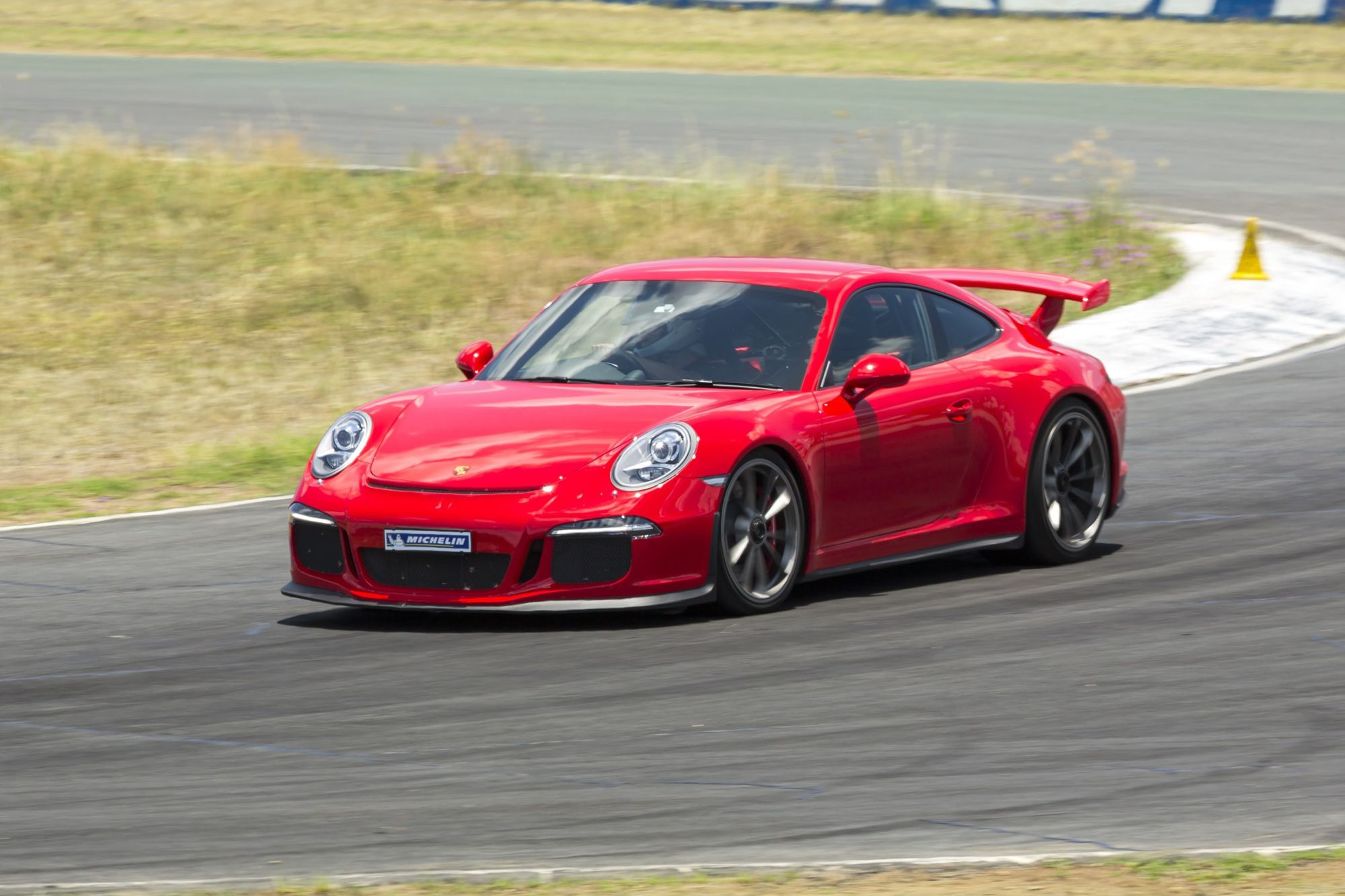 2015 Porsche 911 Gt3 Rides On Latest Michelin Pilot Sport