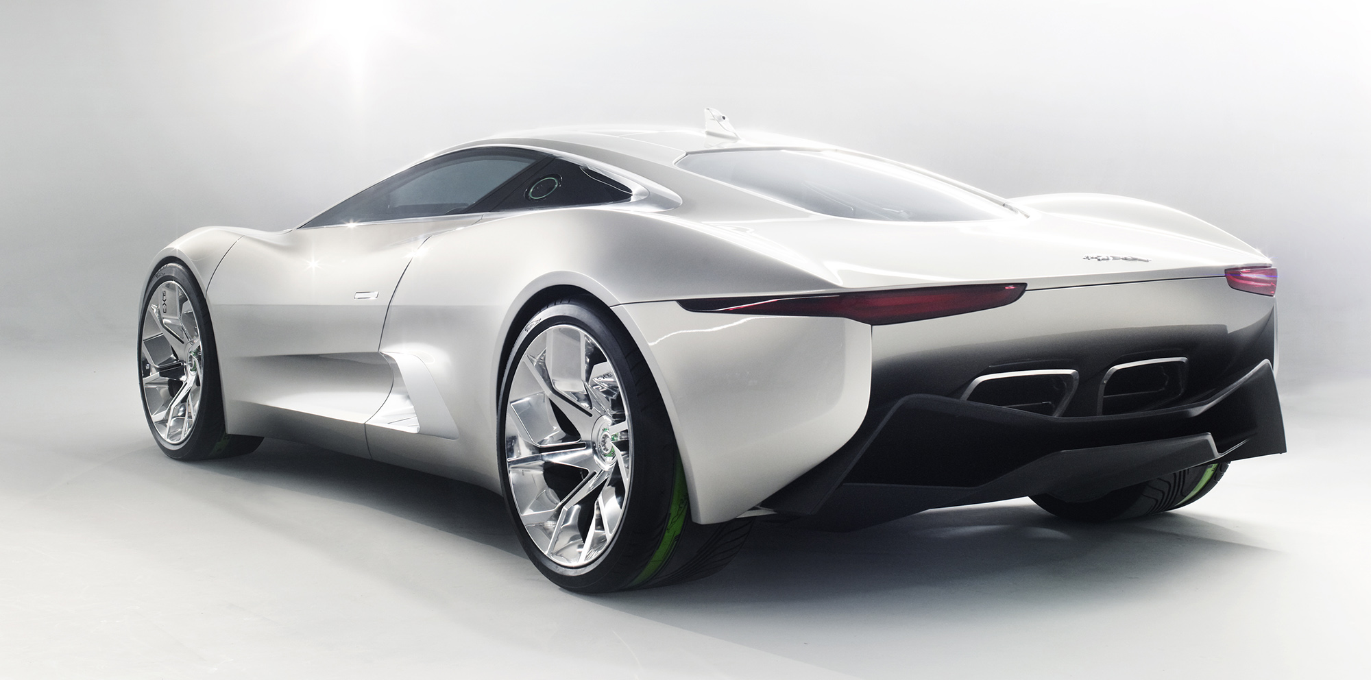 jaguar c x75 concept car to be villain 39 s vehicle in next bond film spectre report photos 1. Black Bedroom Furniture Sets. Home Design Ideas