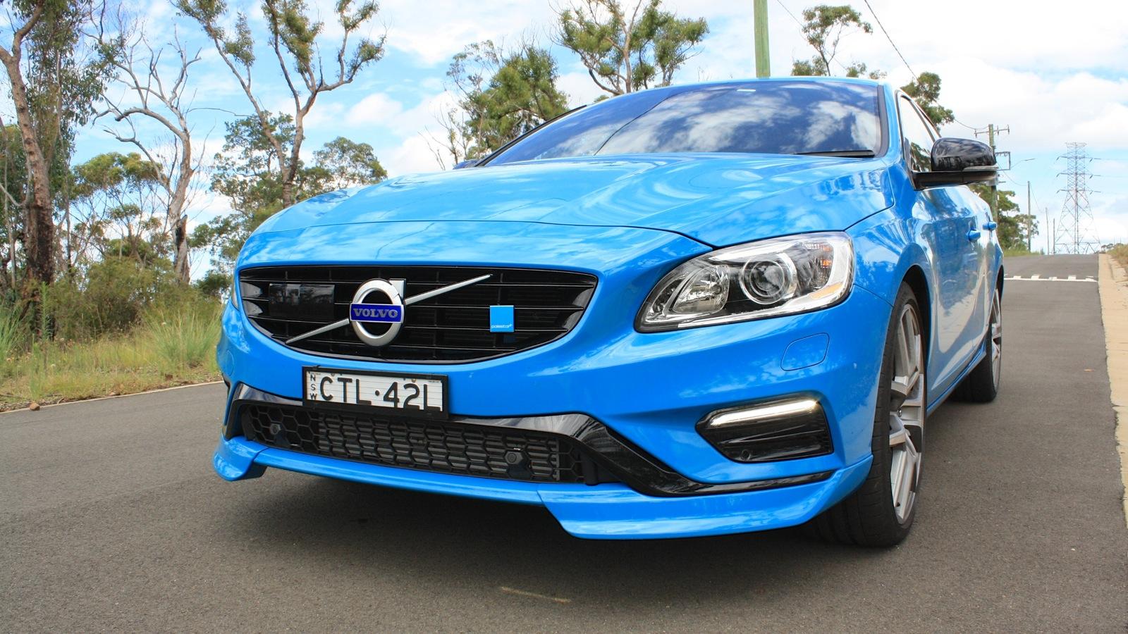 Hyundai Santa Fe Limited >> 2015 Volvo V60 Polestar Review | CarAdvice