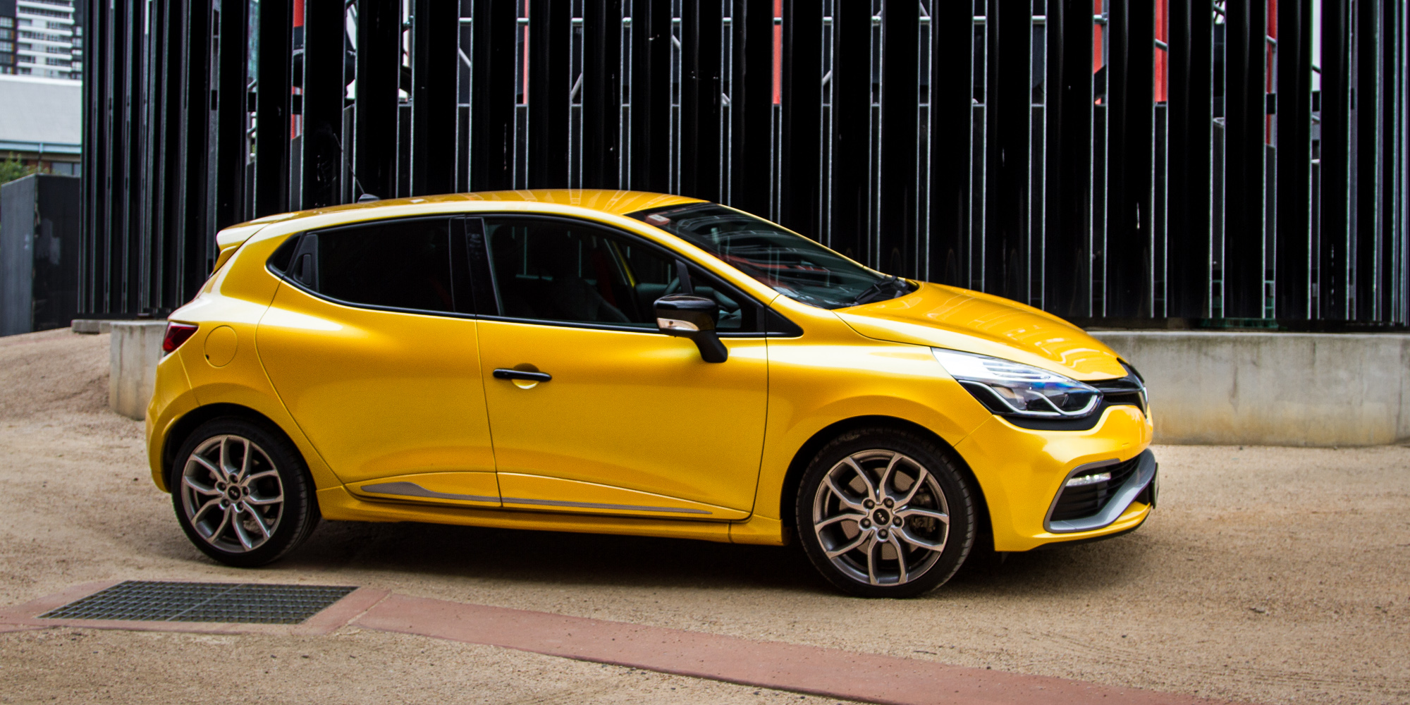 2015 renault clio rs200 review long term report one. Black Bedroom Furniture Sets. Home Design Ideas