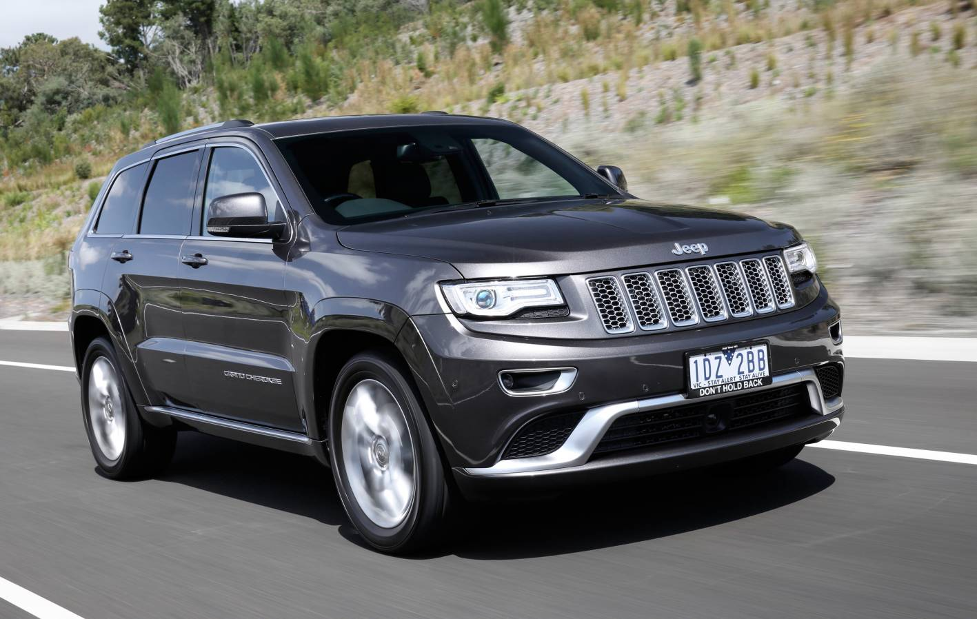 Subaru Older Models >> 2015 Jeep Grand Cherokee Summit Platinum now on sale - photos | CarAdvice
