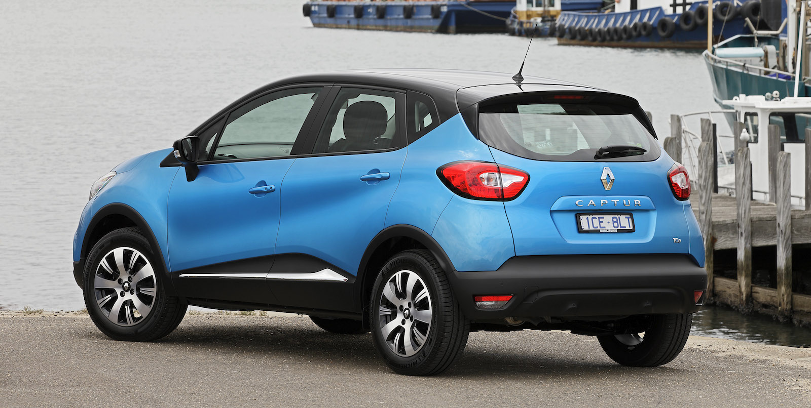 2015 renault captur pricing and specifications photos caradvice. Black Bedroom Furniture Sets. Home Design Ideas