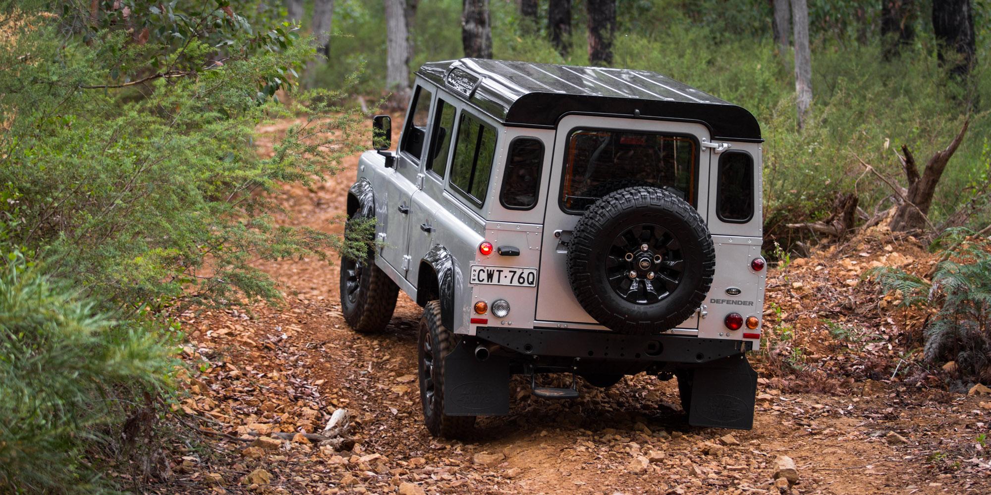 Defender 110 2018 >> 2015 Land Rover Defender 110 Review - photos | CarAdvice
