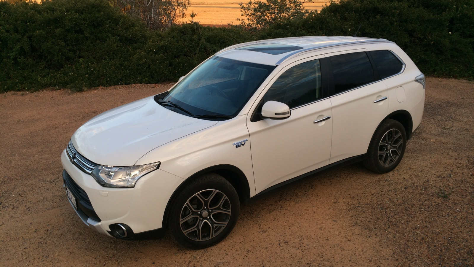 2014 Mitsubishi Outlander Phev Lt4 Caradvice