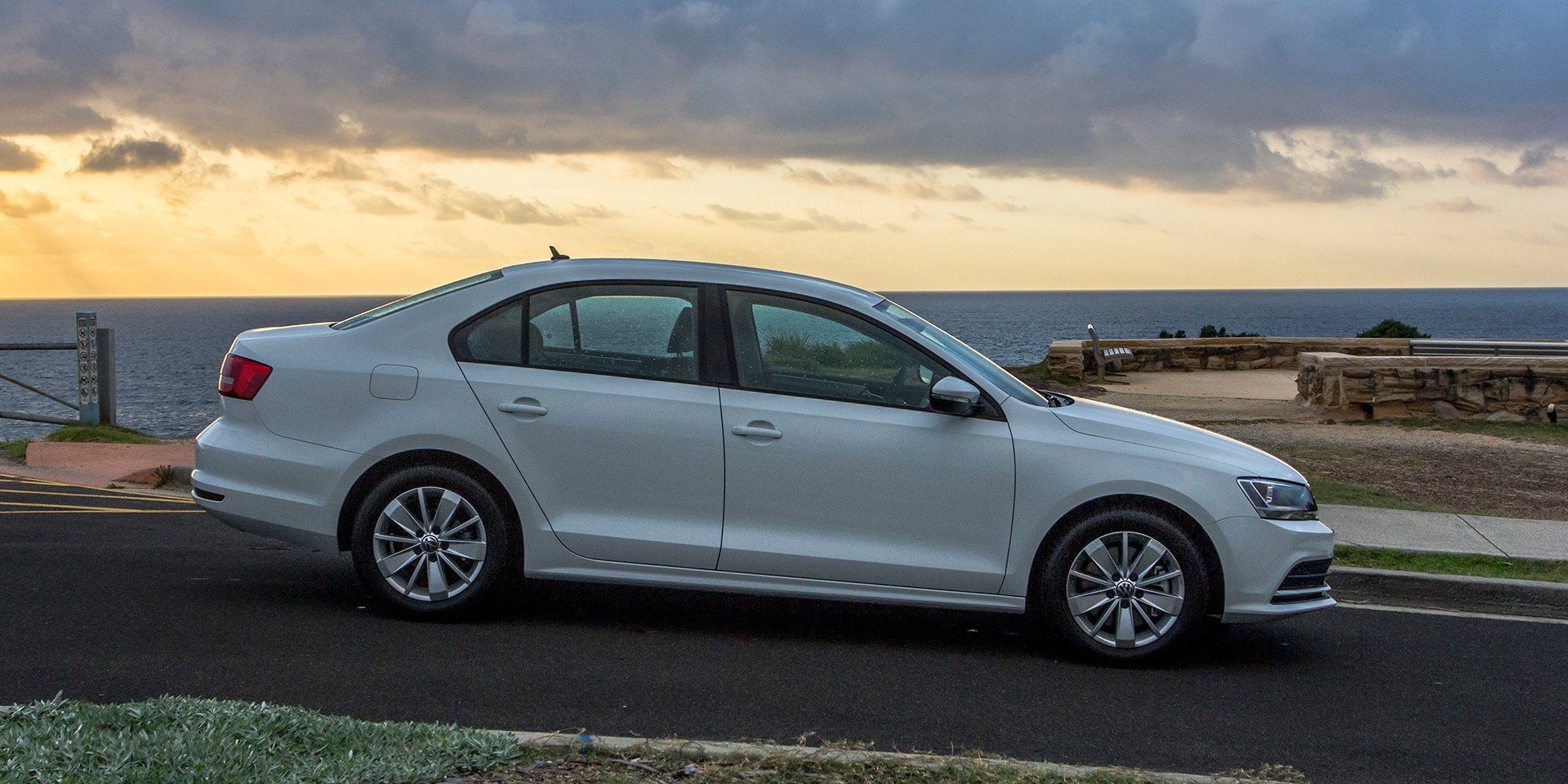 2015 Volkswagen Jetta Review - photos | CarAdvice