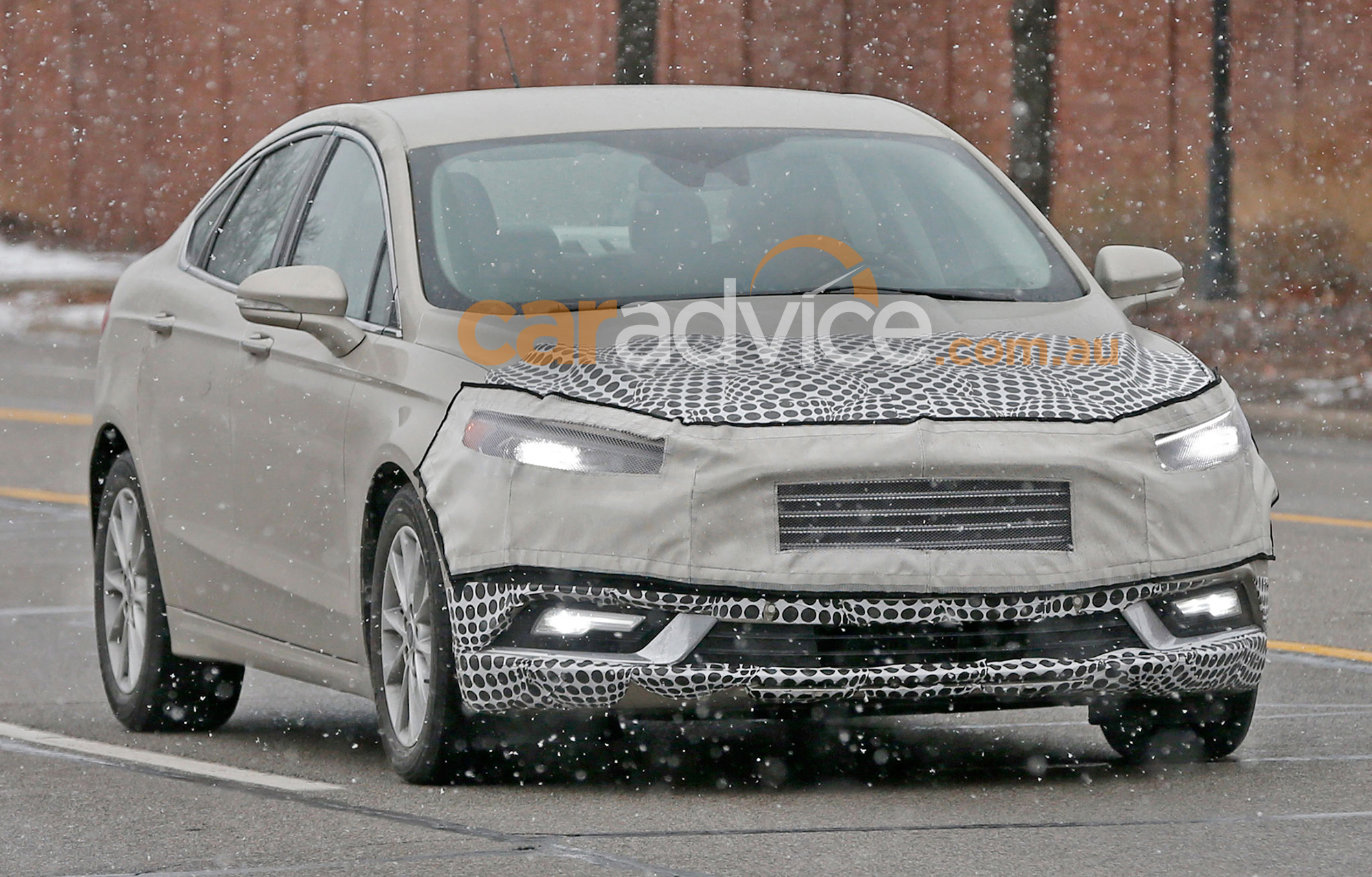 2016 ford mondeo facelift spied testing in detroit photos caradvice. Black Bedroom Furniture Sets. Home Design Ideas