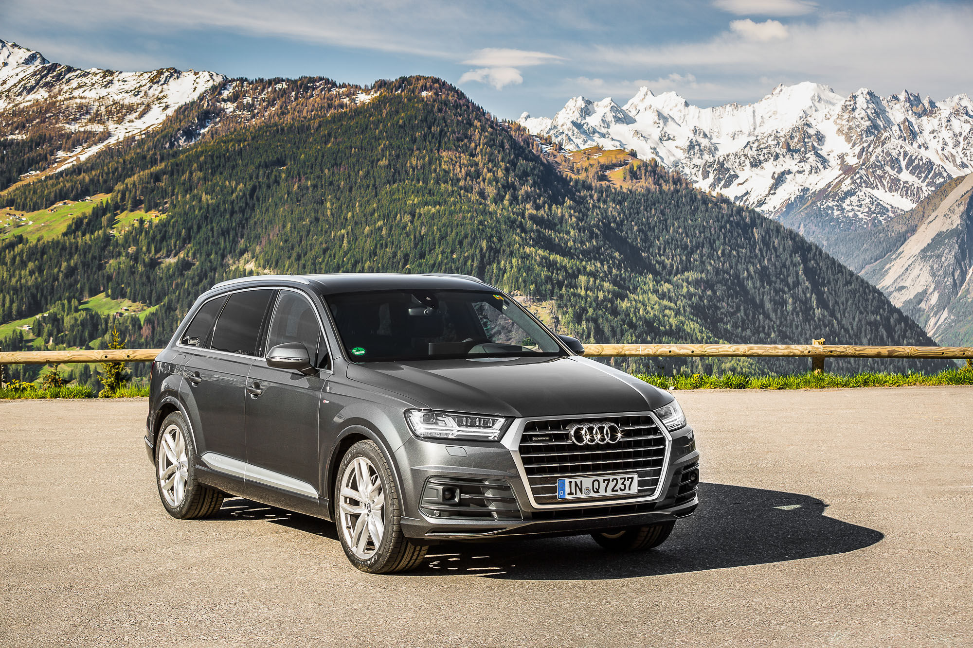 2016 Audi Q7 Review - photos | CarAdvice
