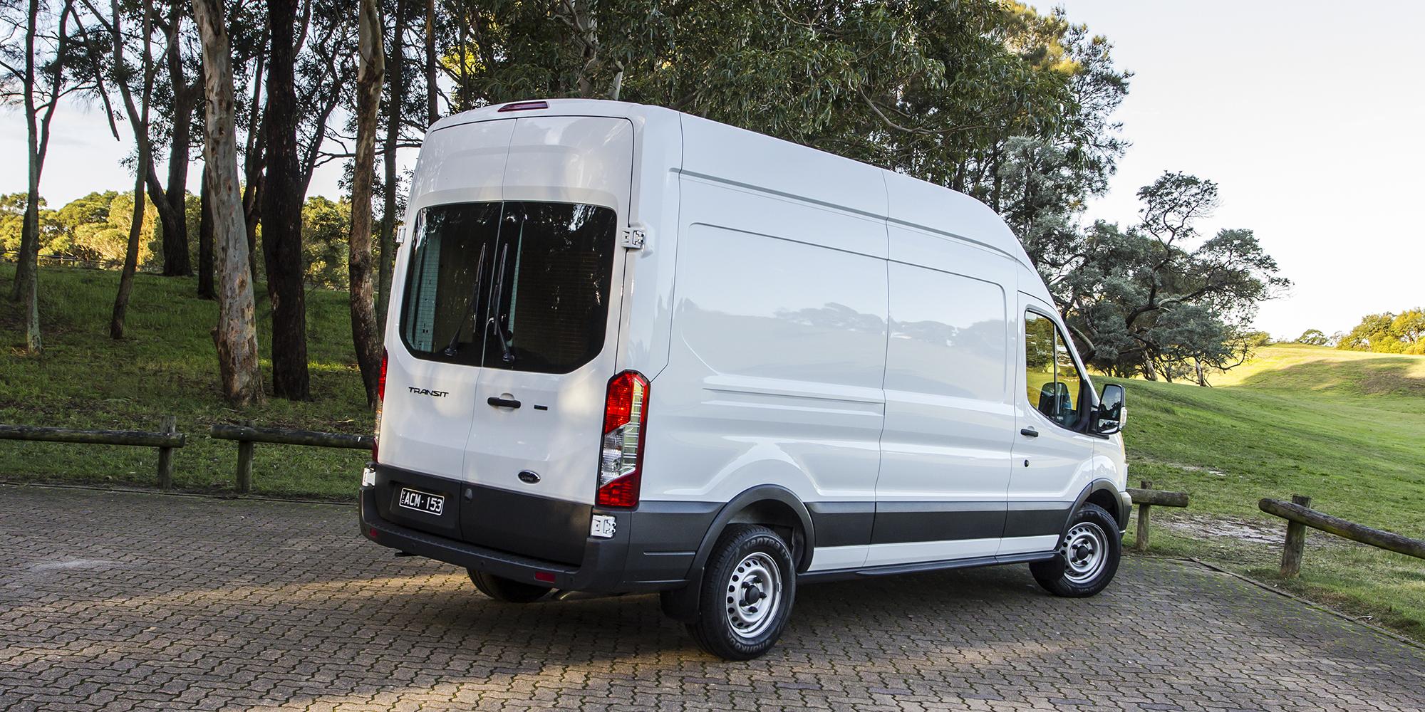 Large Van Comparison Fiat Ducato V Ford Transit V