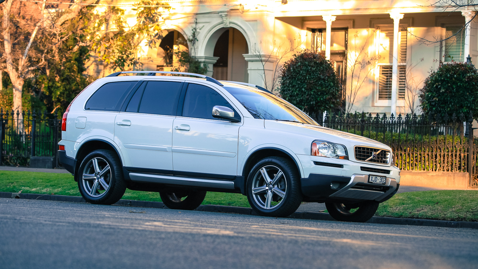 2015 volvo xc90 review run out round up photos caradvice. Black Bedroom Furniture Sets. Home Design Ideas