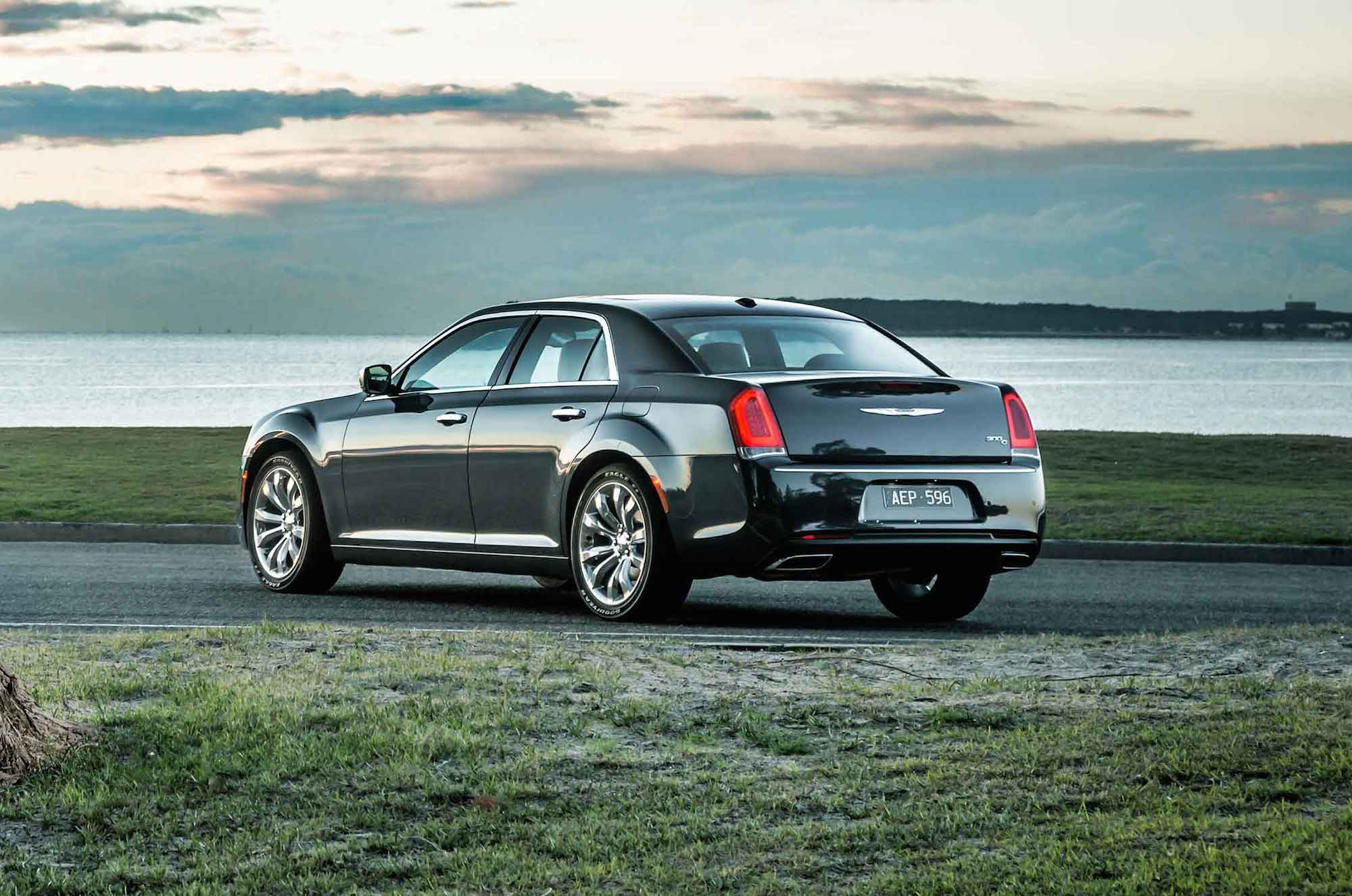 2015 Chrysler 300 Review Caradvice
