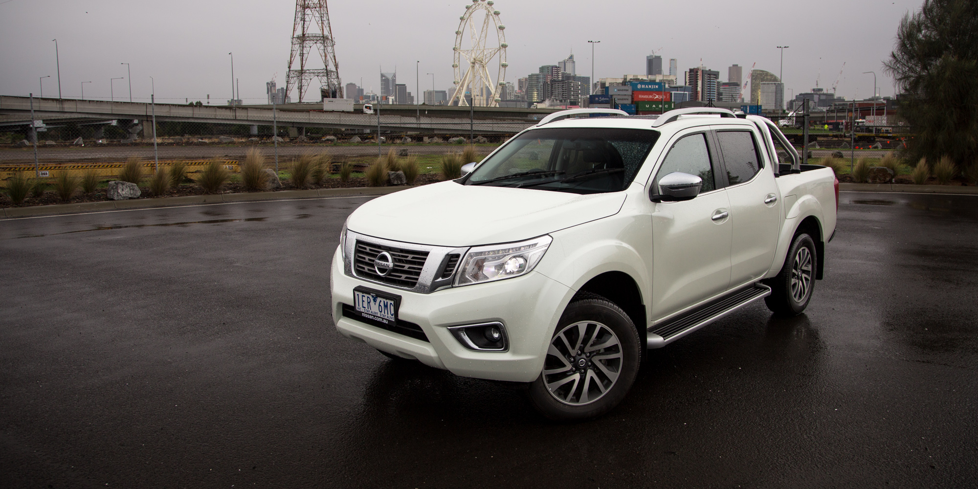 2015 nissan navara np300 review st x 4x2 dual cab caradvice. Black Bedroom Furniture Sets. Home Design Ideas