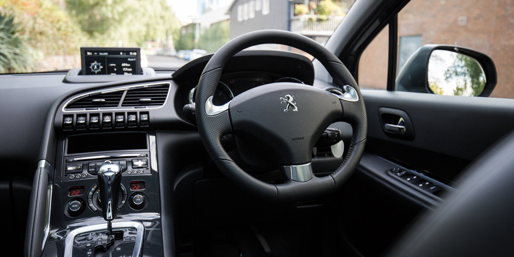 Peugeot 3008 Review: Active 2.0 HDi - Photos