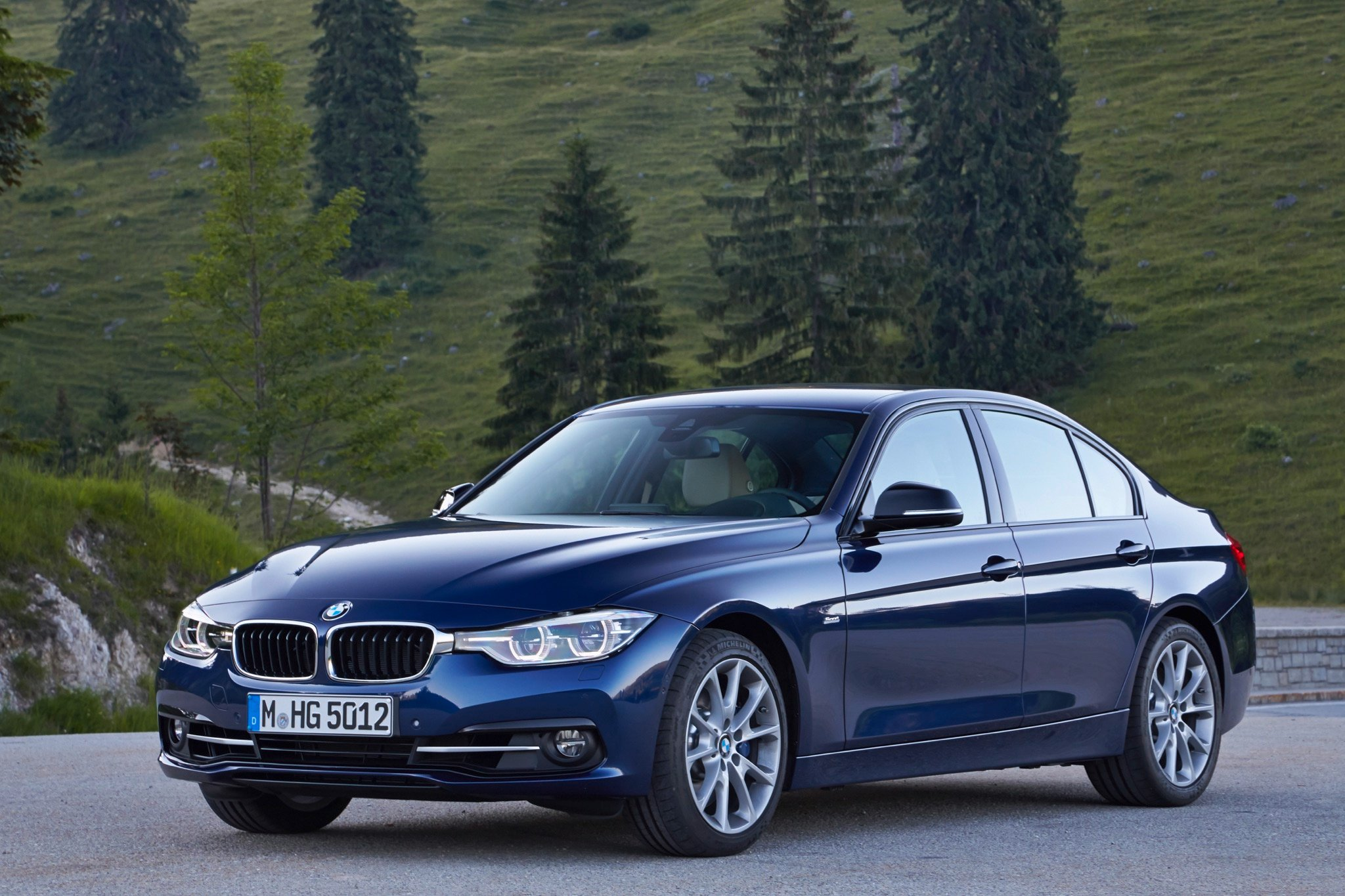 Bmw  Touring Review