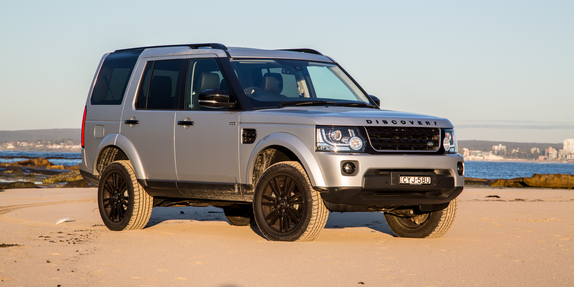 2015 land rover discovery review photos caradvice. Black Bedroom Furniture Sets. Home Design Ideas